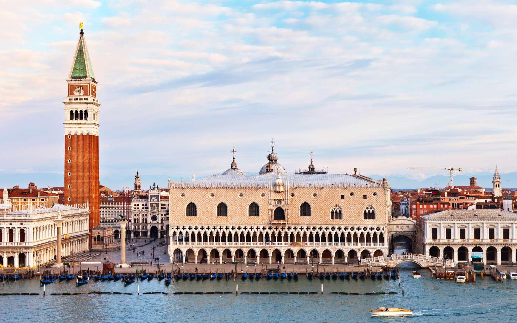 Une vue sur la place Saint-Marc de Venise. © Victoria, Fotolia