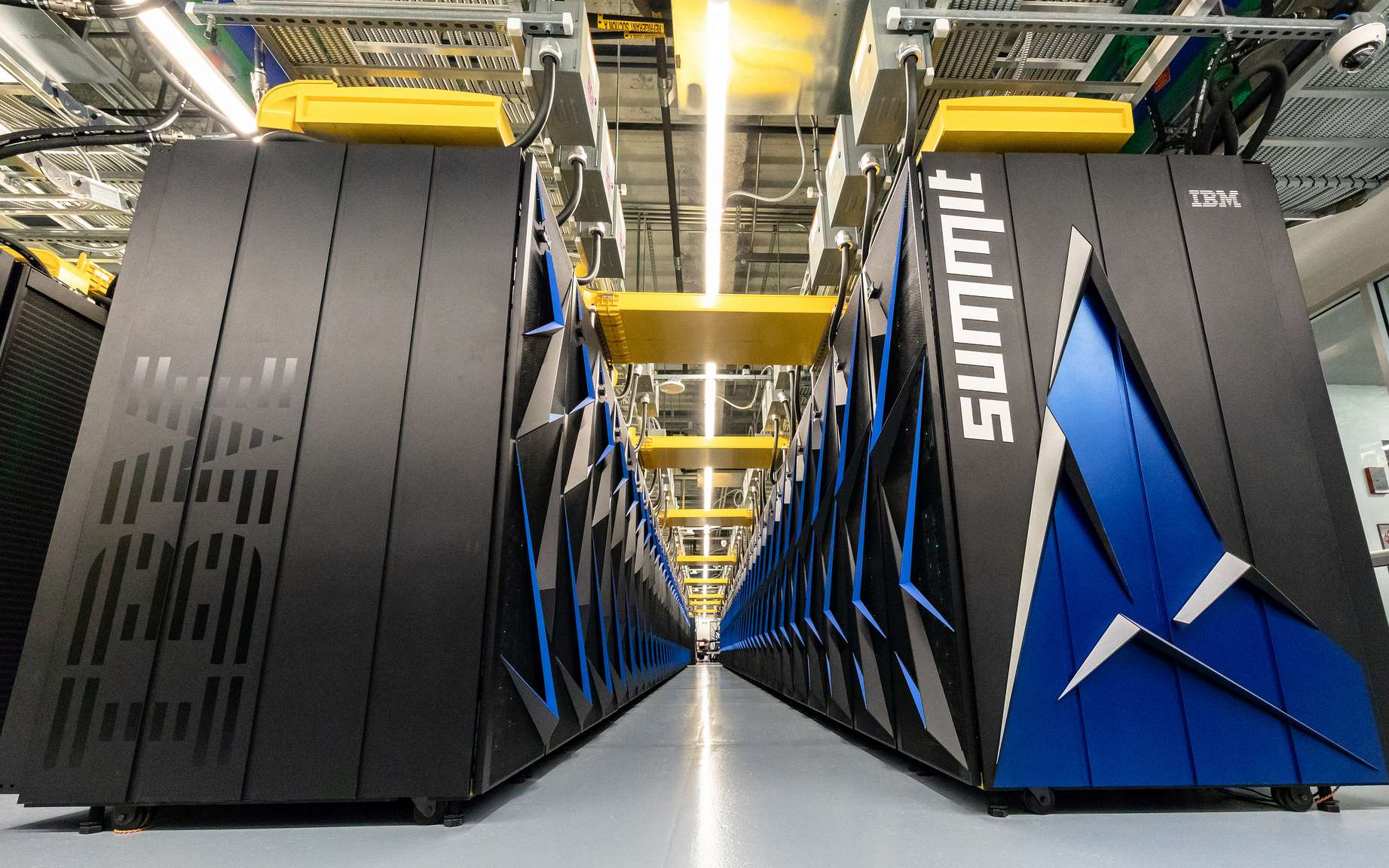 Le Summit d'IBM, l'ordinateur le plus puissant du monde, est capable d'effectuer 122 millions de milliards d'opérations à la seconde. © Oak Ridge National Laboratory, Flickr