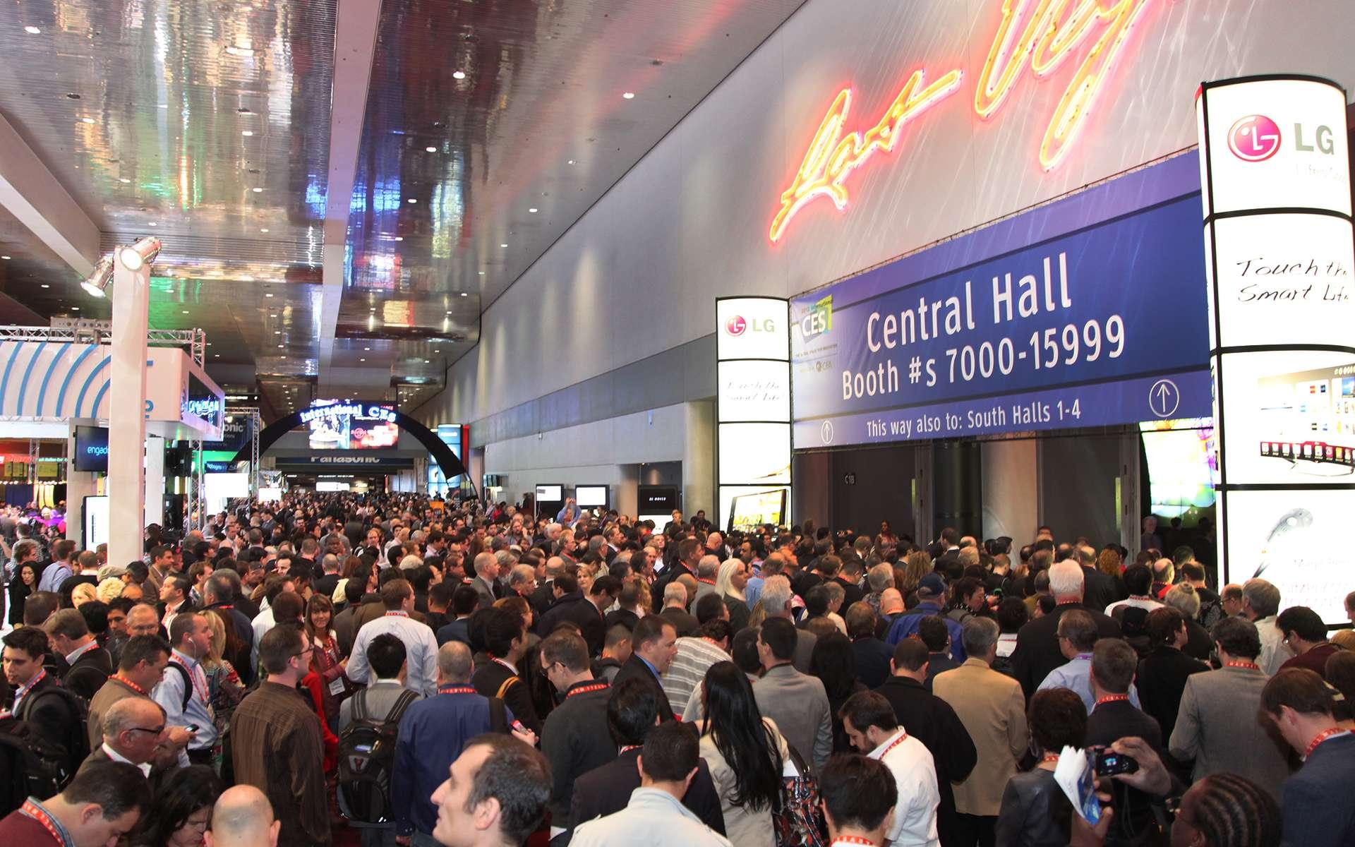 Chaque année, le CES de Las Vegas est la vitrine des innovations du secteur high-tech. Cette année, si les grands écrans Oled en ultra haute définition (3.840 x 1.920 pixels) font beaucoup parler d'eux, certains constructeurs ont dévoilé des nouveautés atypiques qui nous ont marqués. © CES