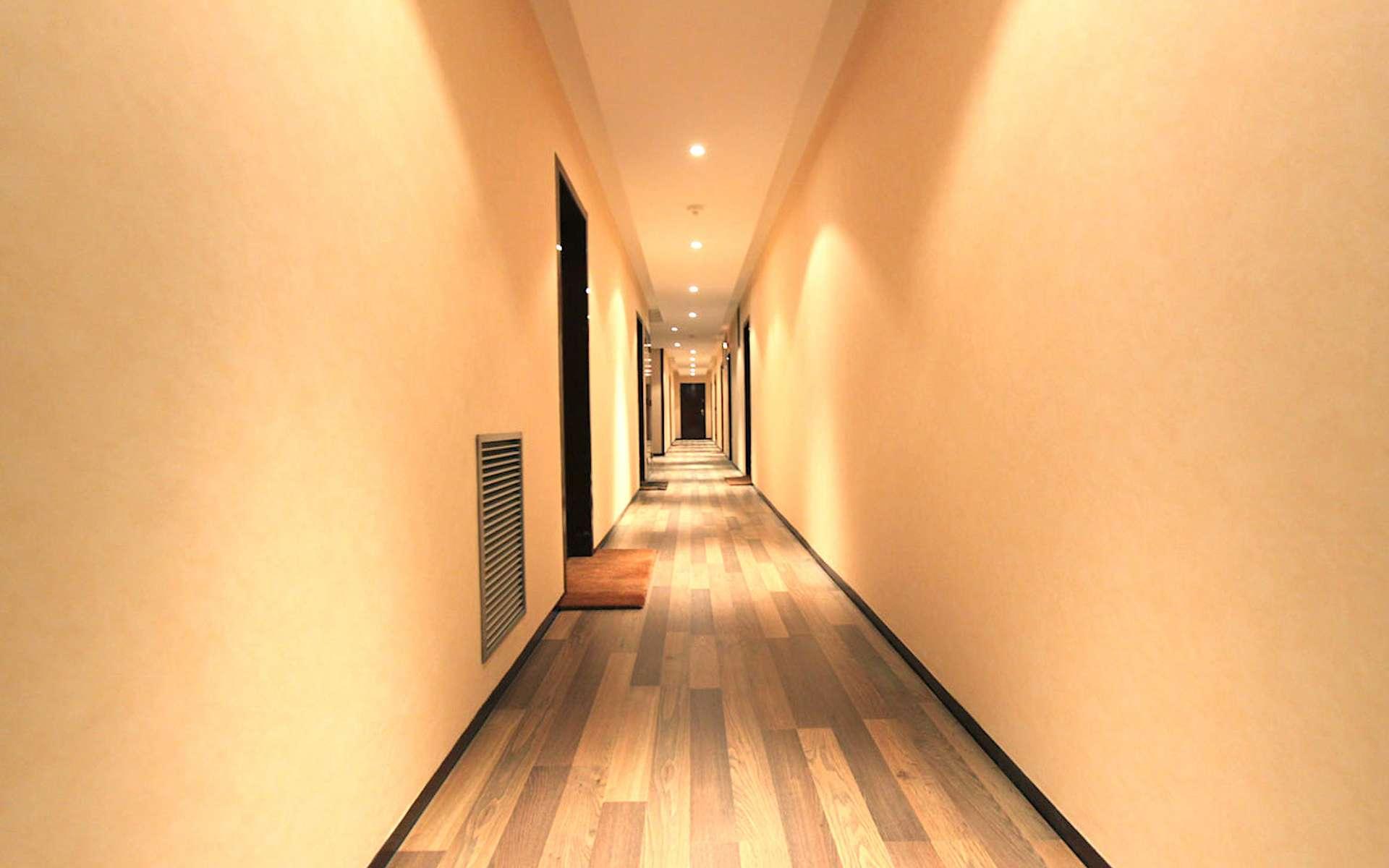 La cloison séparative nécessite un niveau d'isolation acoustique minimal. © JMR Entreprise