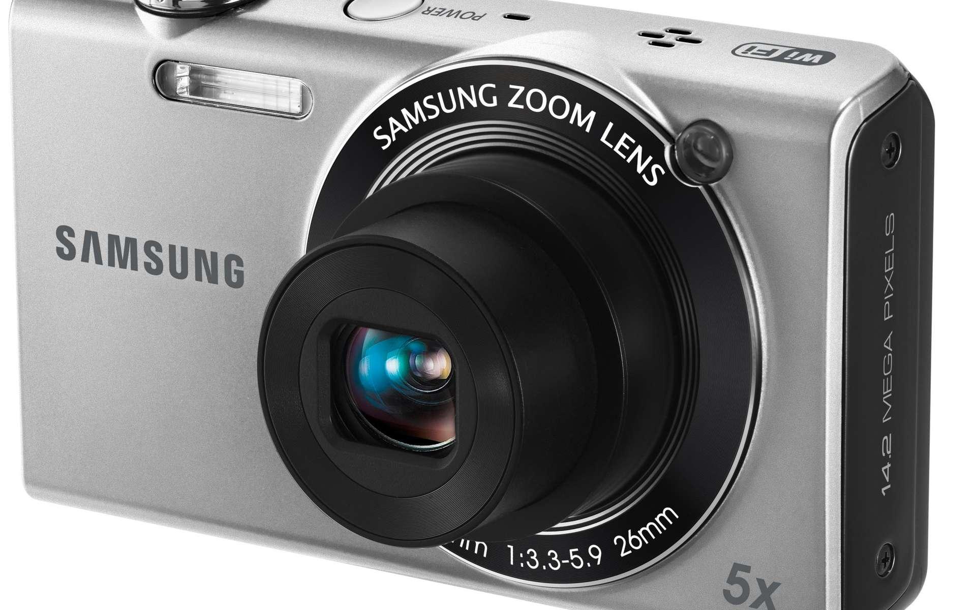 Le SH100, un appareil photo un peu gadget mais dans l'air du temps. © Samsung