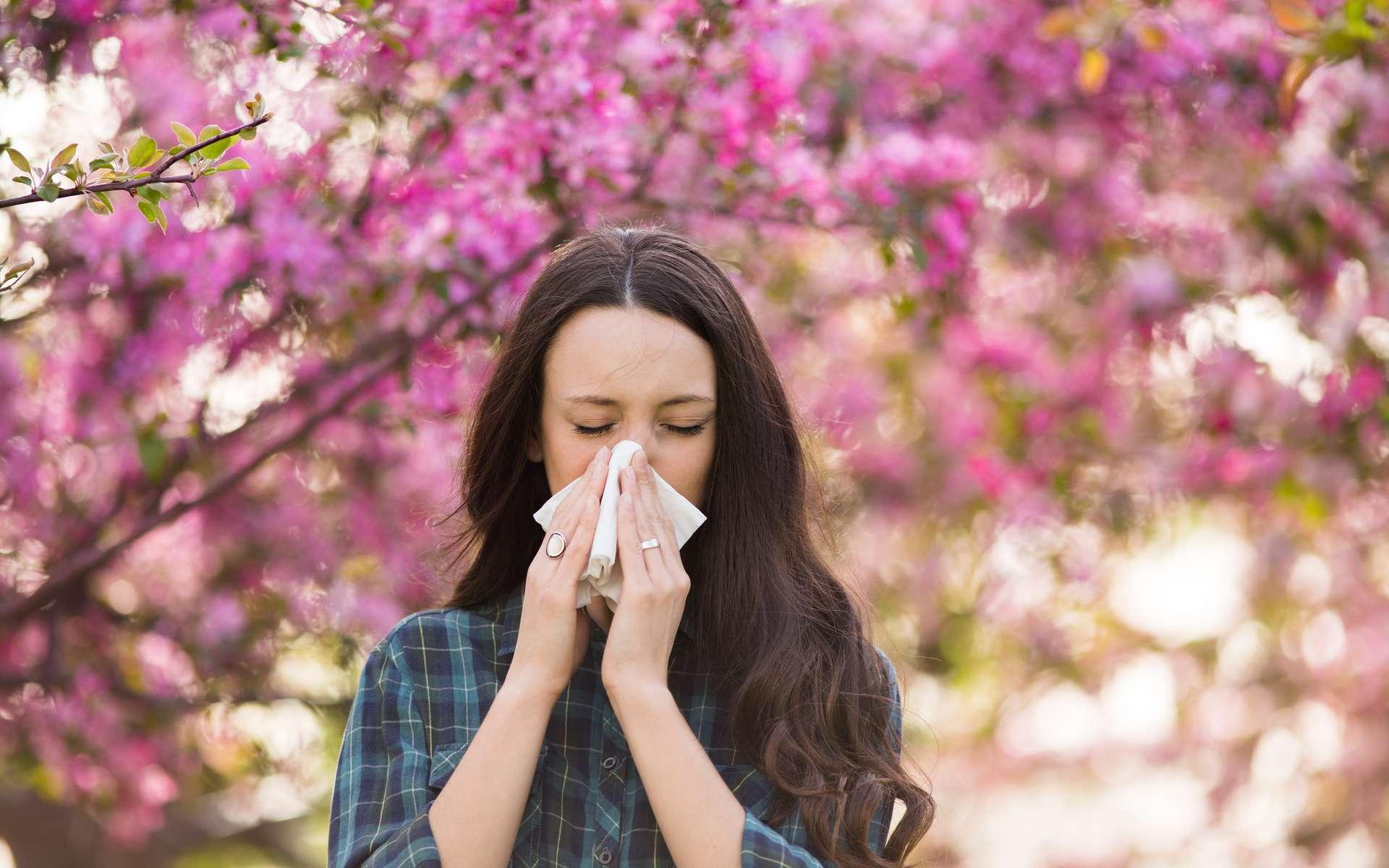 En France, quelque 30 % des adultes sont concernés par les allergies au pollen. © Budimir Jevtic, Adobe Stock