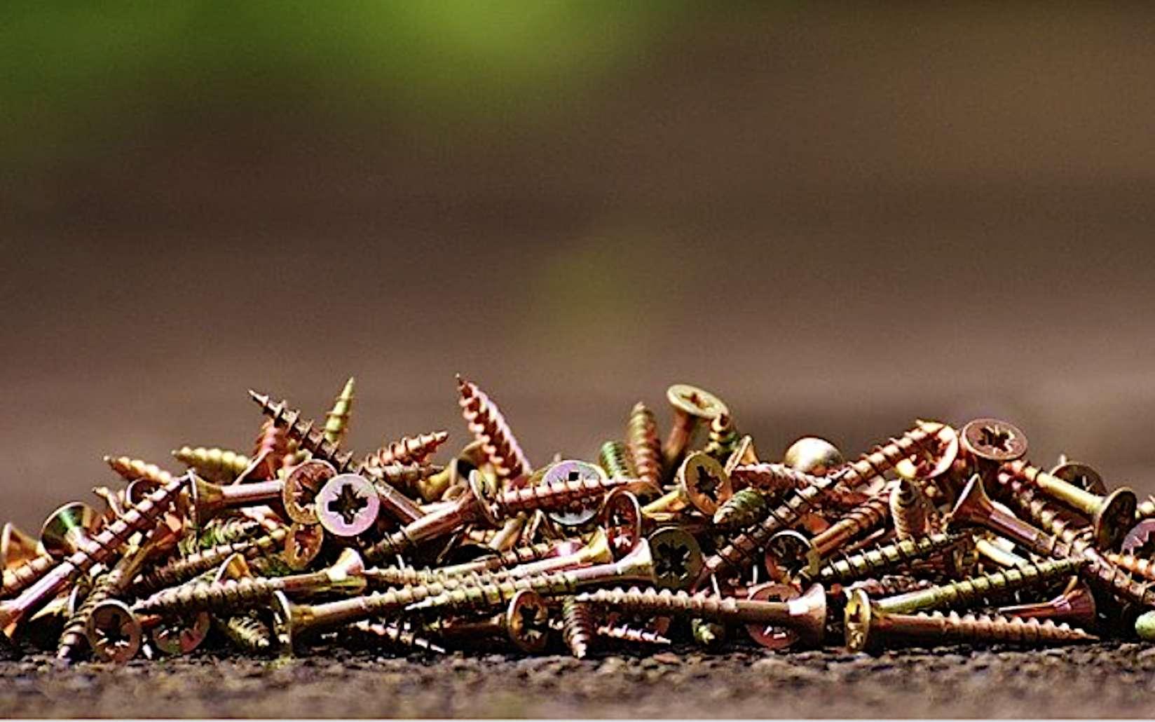 Les vis à bois sont indispensables à tout bricoleur. © Spax, Pixabay