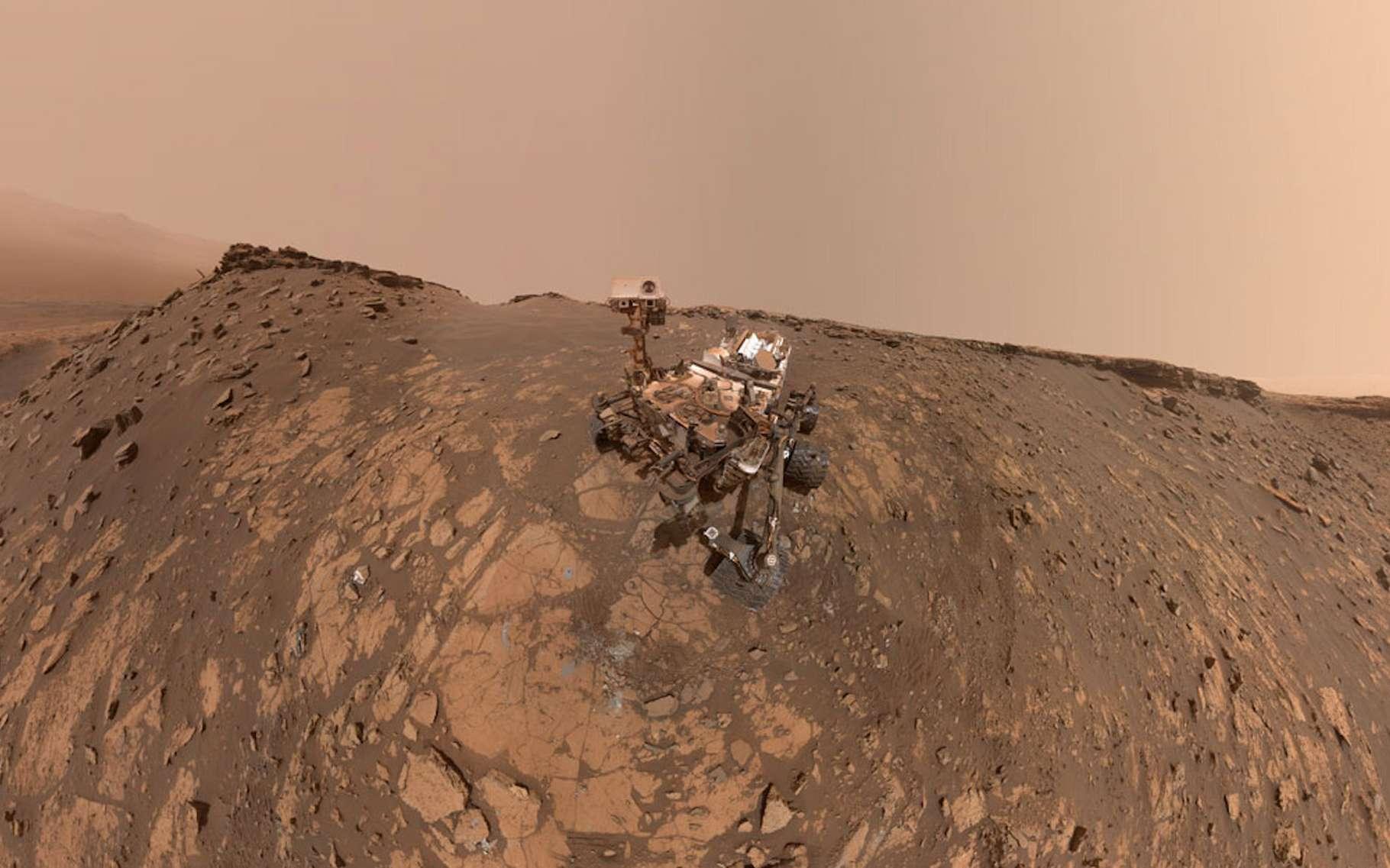 C'est en tournant sa Mastcam vers le ciel martien que le rover Curiosity a capturé des images de la Terre et de Vénus telles que vues depuis le sol de la Planète rouge. © JPL-Caltech, MSSS, Nasa