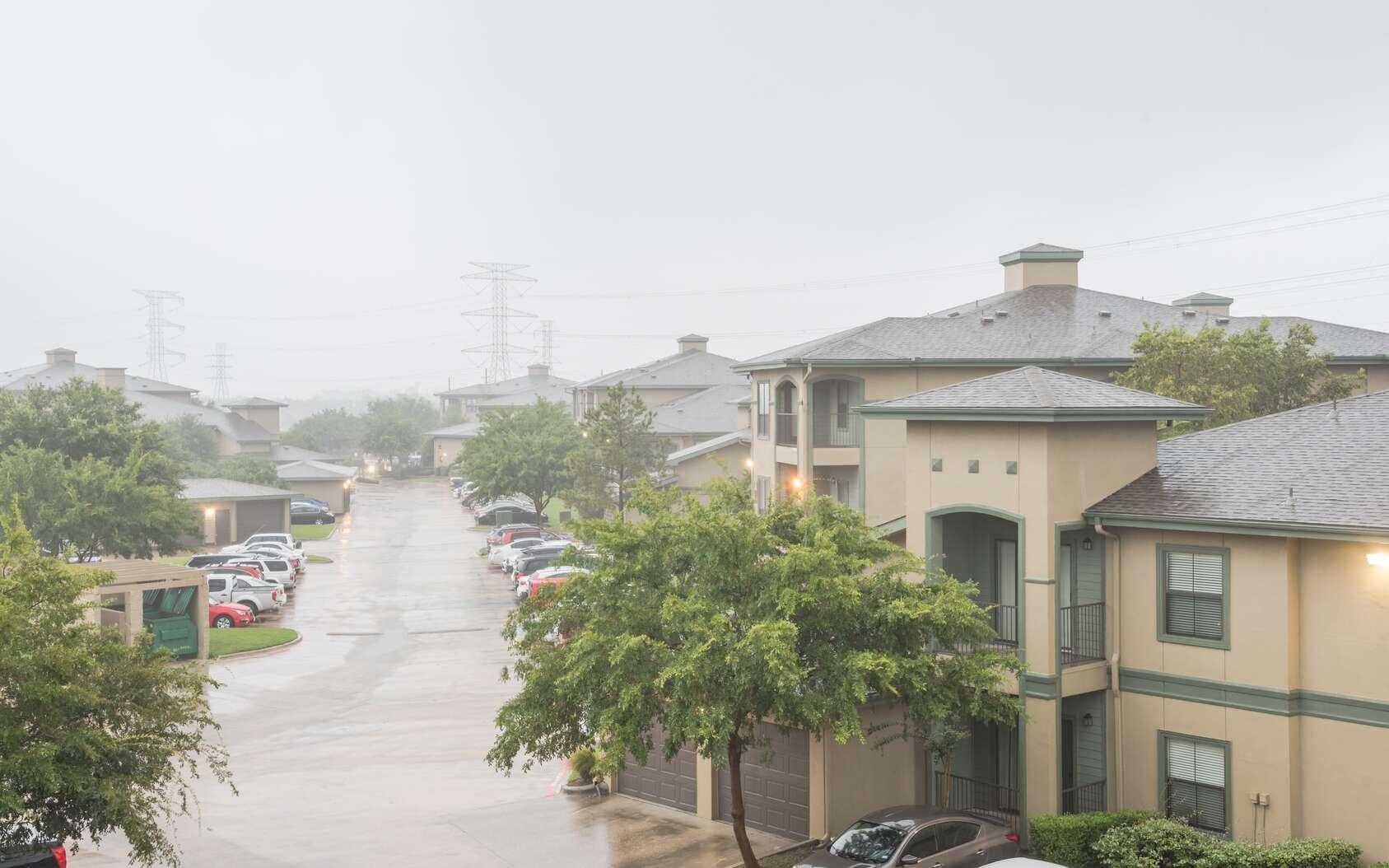 Suite à la tempête Harvey, la région de Houston (Texas) subit d'importantes inondations. Quels sont les risques pour la santé des habitants ? © trongnguyen, Fotolia