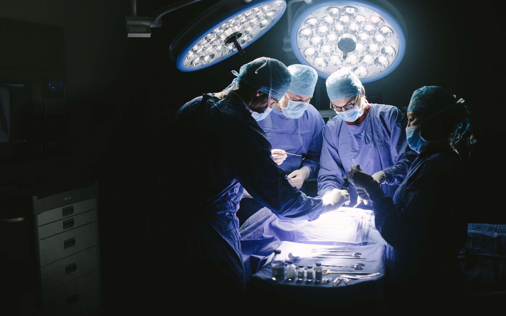 Ces opérations chirurgicales ont permis de sauver des patients en état quasi désespéré. © Jacob Lund, Adobe Stock