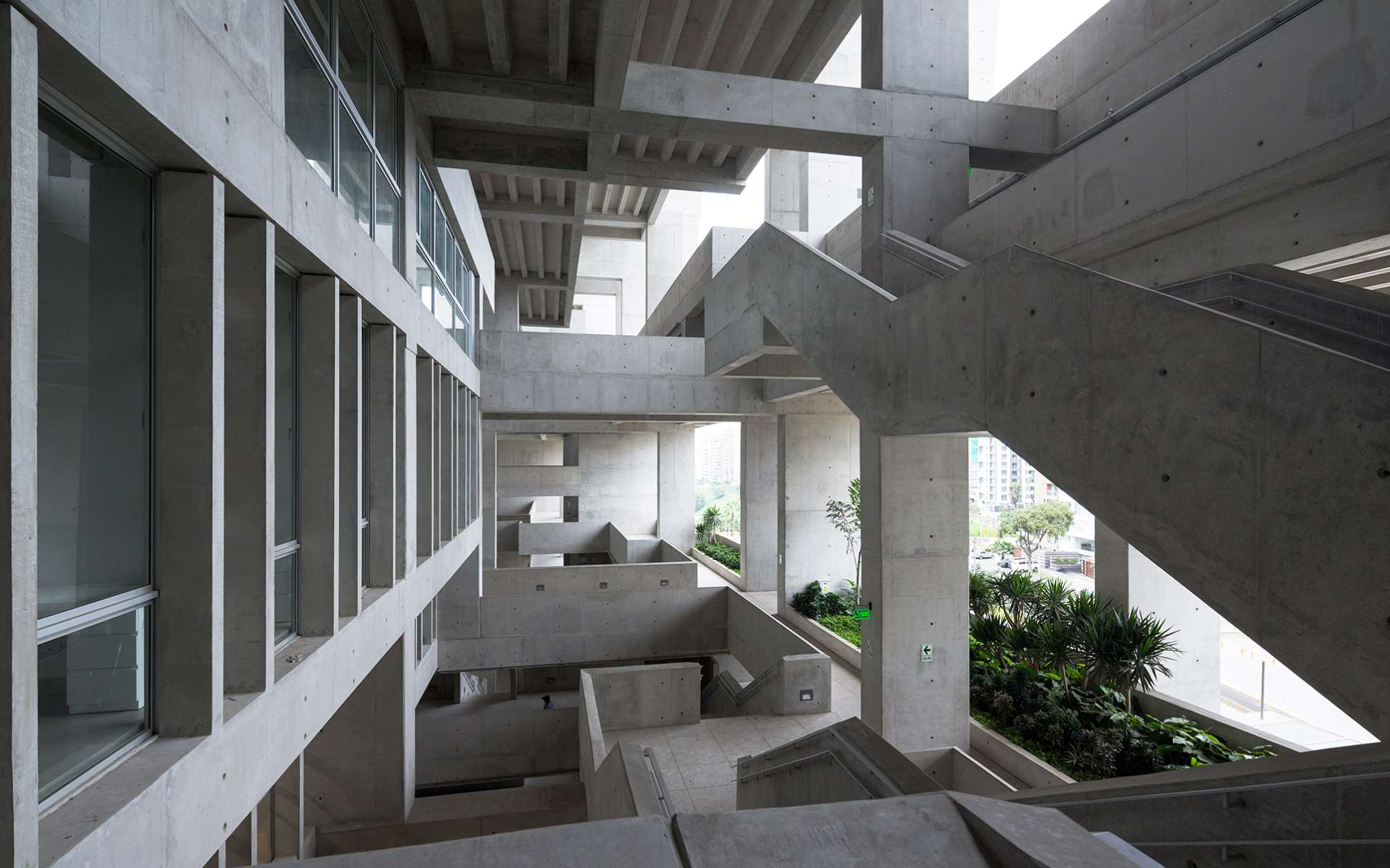 L'Universidad de Ingenieria y Technologia de Lima, au Pérou. © Courtesy of Iwan Baan, The Pritzker Architecture Prize