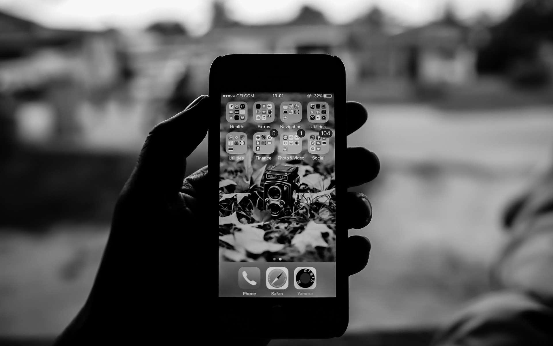 Un véritable laboratoire de développement photo est dans votre main ! © Pok Rie (Pexels)