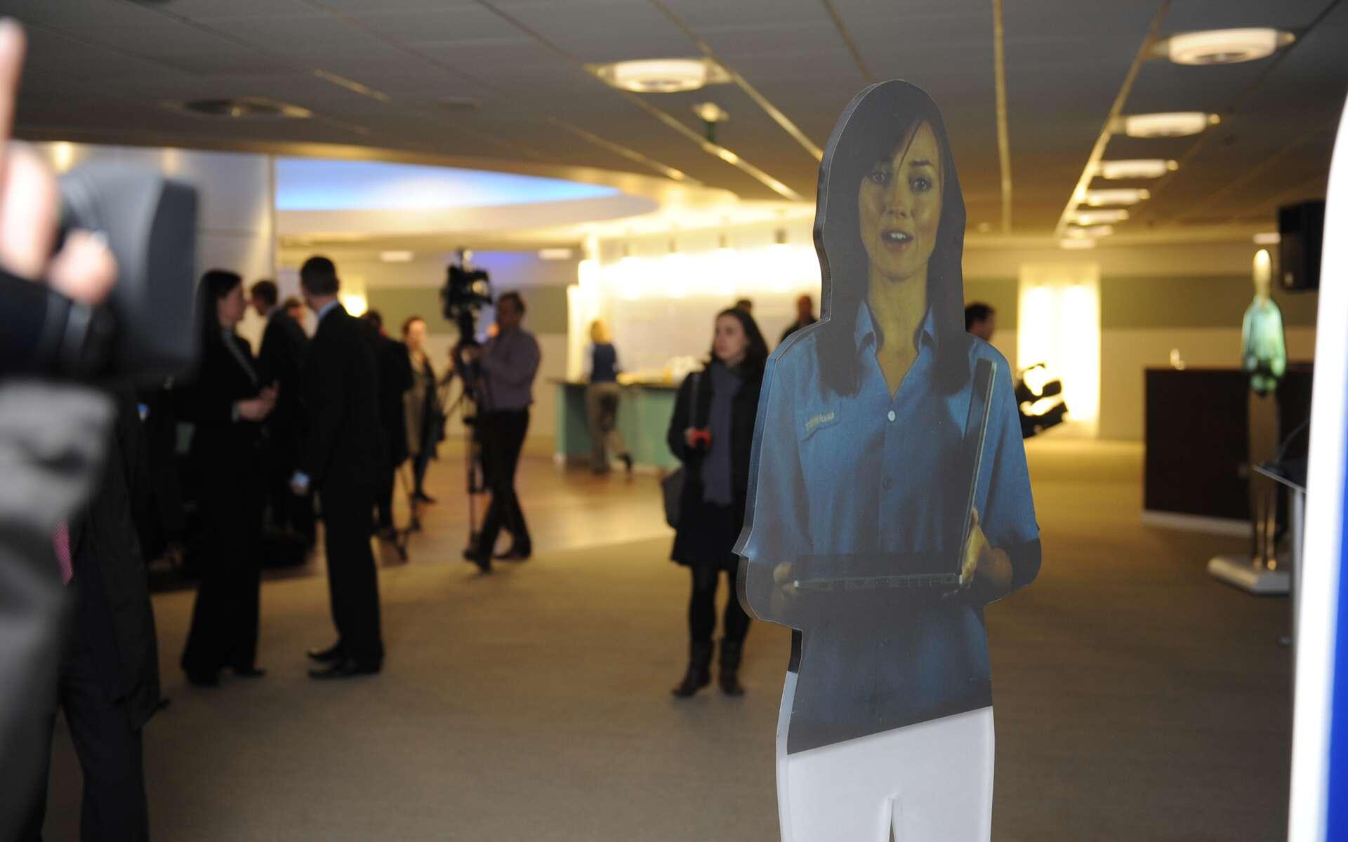 Holly, l'employée hologramme de l'aéroport de Luton. © Luton Airport