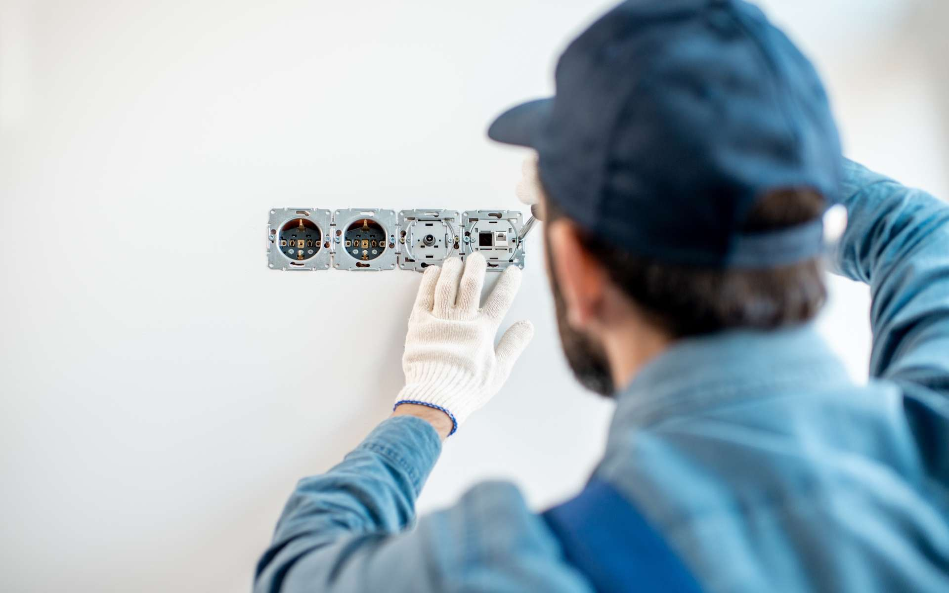 Quels sont les tarifs d'un électricien en France ? © rh2010, Adobe Stock