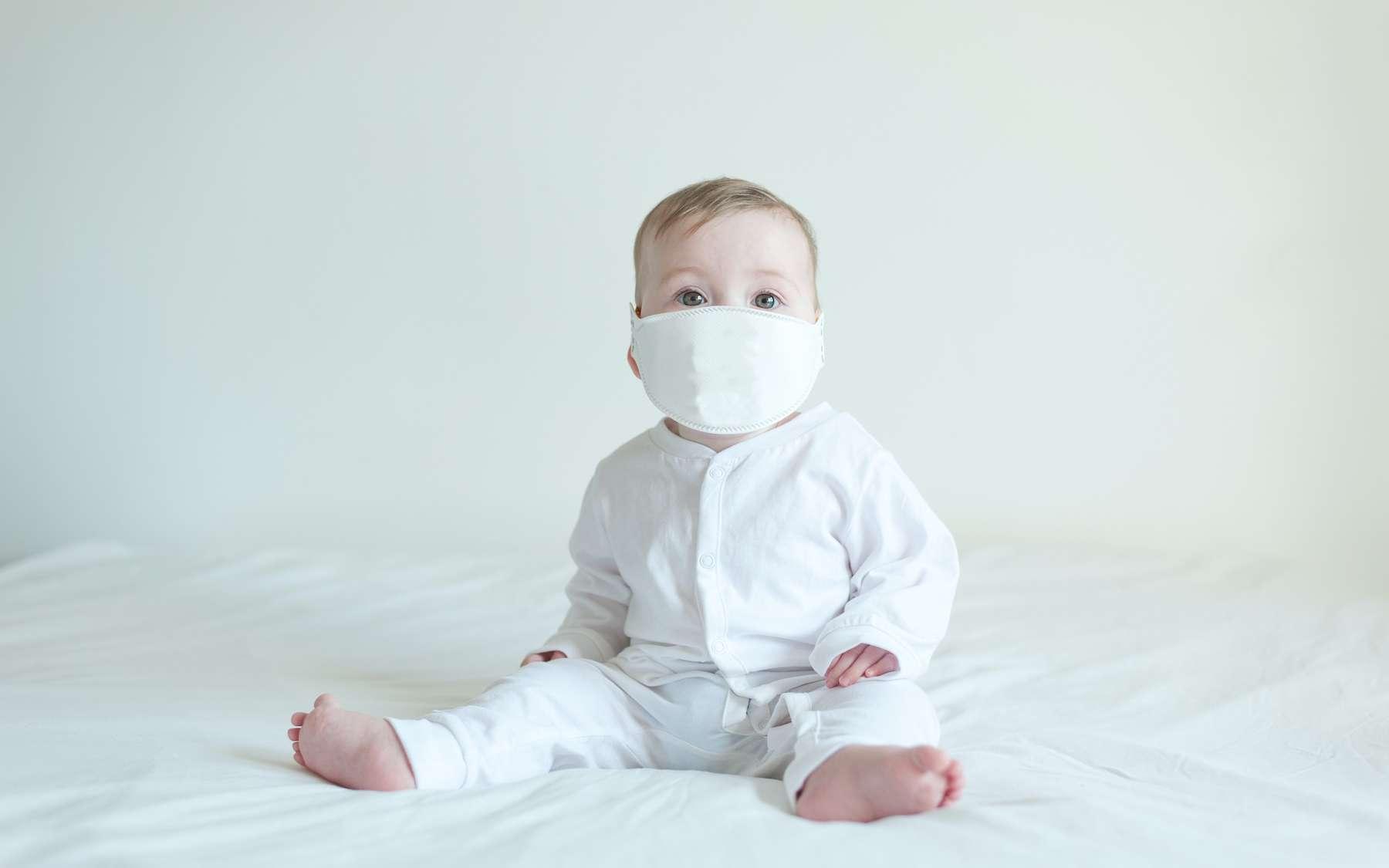 Un bébé est né avec des anticorps contre le coronavirus. Sa mère a été vaccinée trois semaines avant d'accoucher. © noeliauroz, Adobe Stock