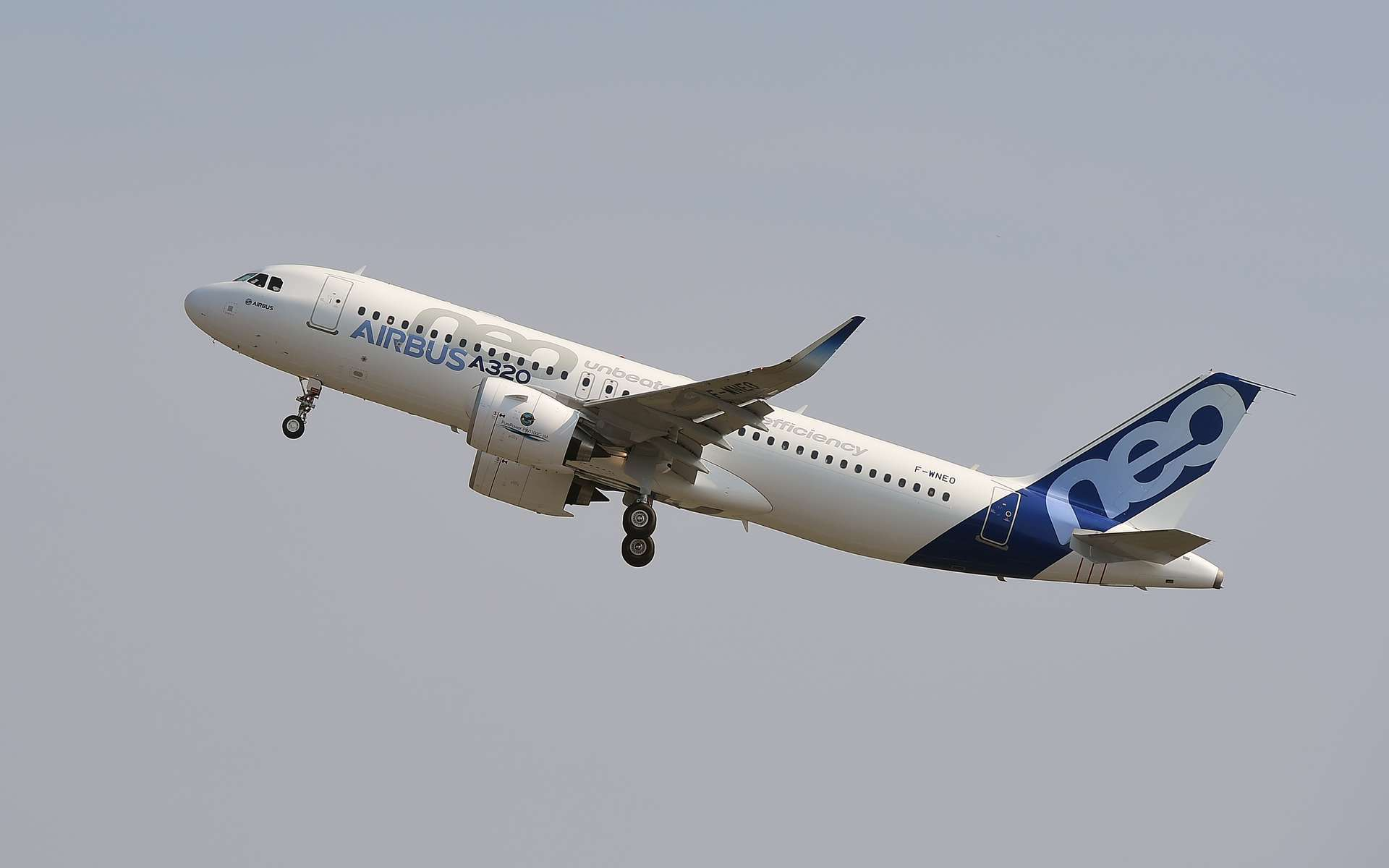 La consommation en carburant de l'A320 Neo d'Airbus a été réduite de 15 % par rapport à son prédécesseur. © Érirc Cabanos, AFP Photo