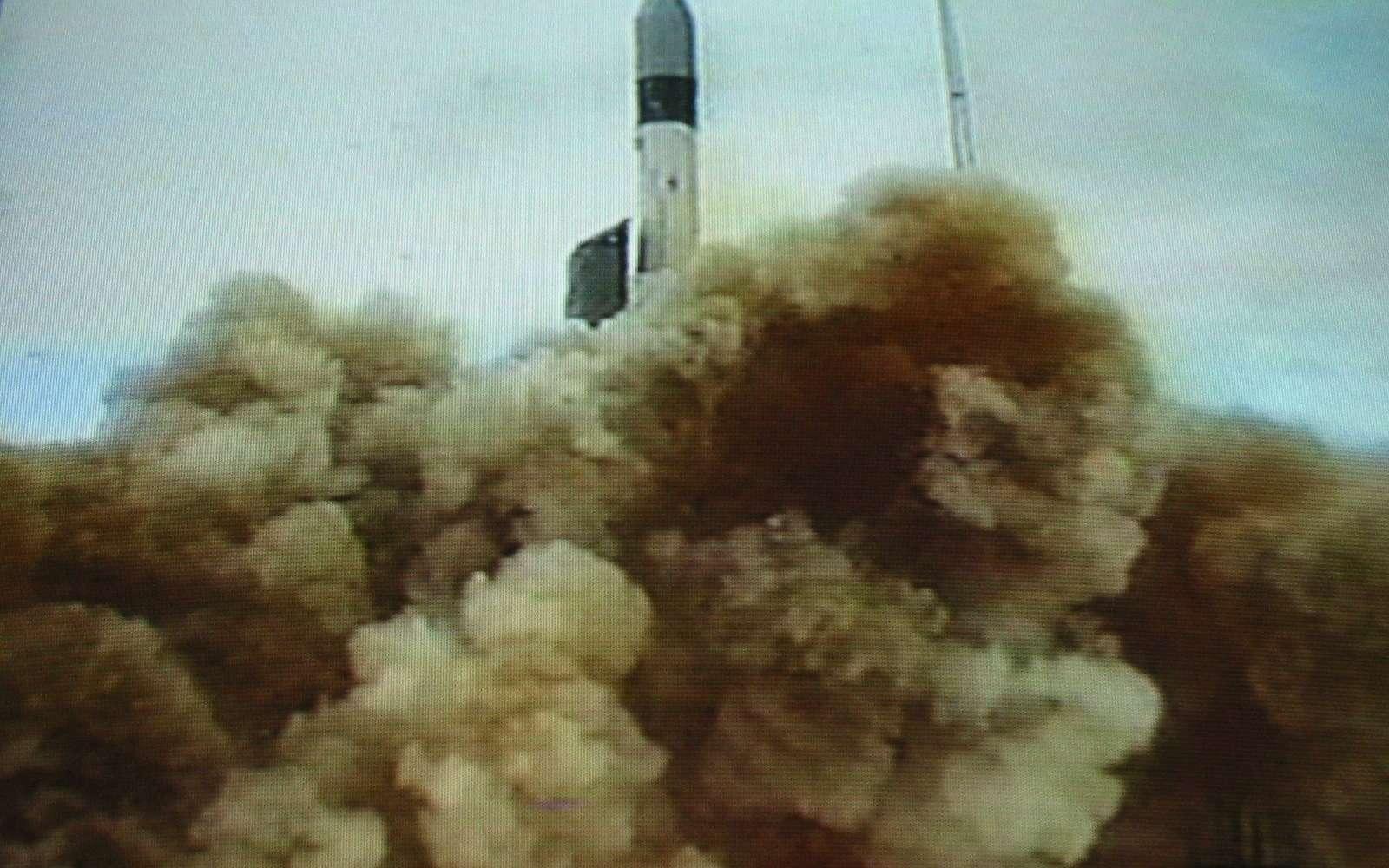 Le lancement du projet Grace s'est effectué en mars 2002, cela fait maintenant plus de 10 ans que le satellite récolte les données du champ gravitationnel de la Terre. © University of Texas Center for Space Research/Nasa