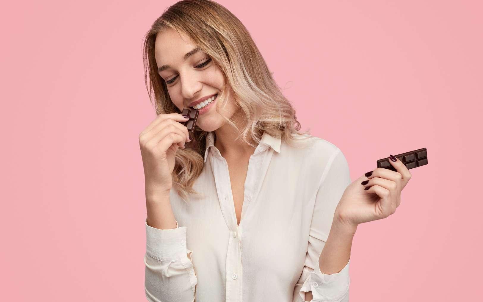 Manger du chocolat est une source de plaisir. © kegfire, Fotolia