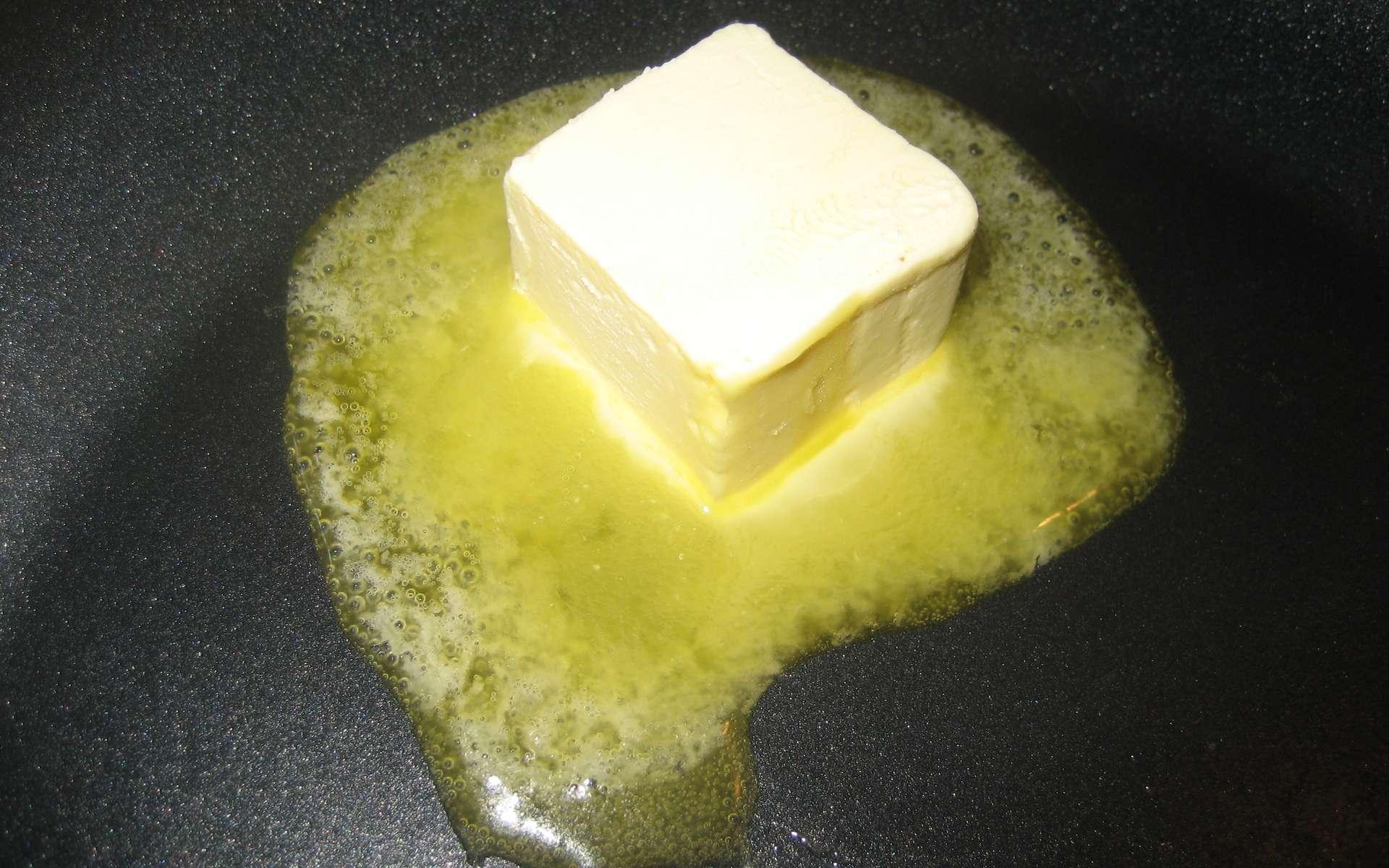 Certaines margarines sont produites par hydrogénation de matières grasses originellement liquides. © Peter Hinsdale, Flickr, CC by-nc-nd 2.0