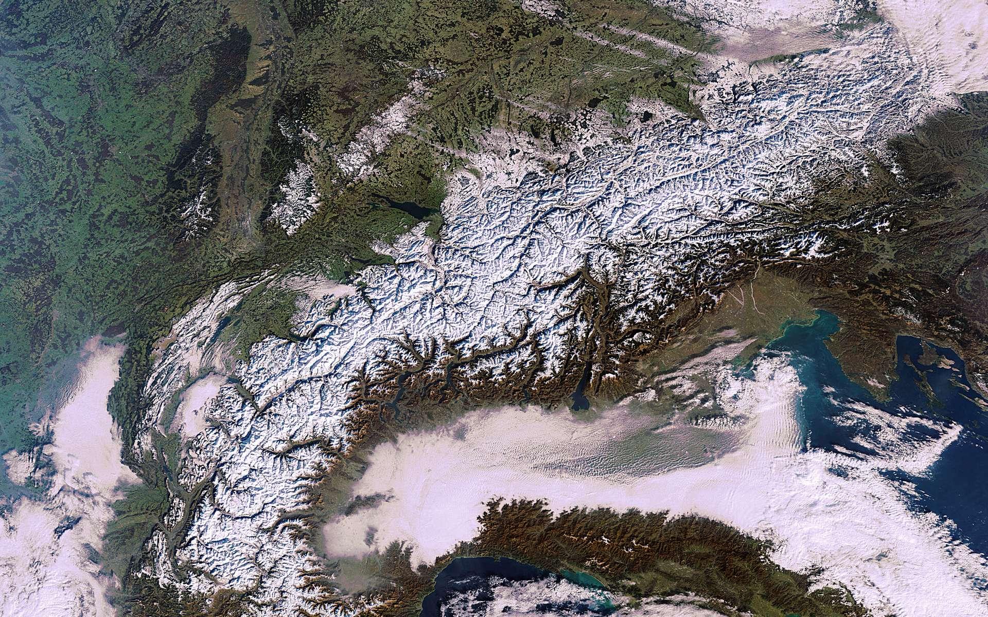 Cette image a été prise le 16 janvier par le satellite Envisat de l'Esa, la plus grande plateforme d'observation de la Terre jamais construite, qui fêtera ses 10 ans sur orbite le mois prochain. © Esa