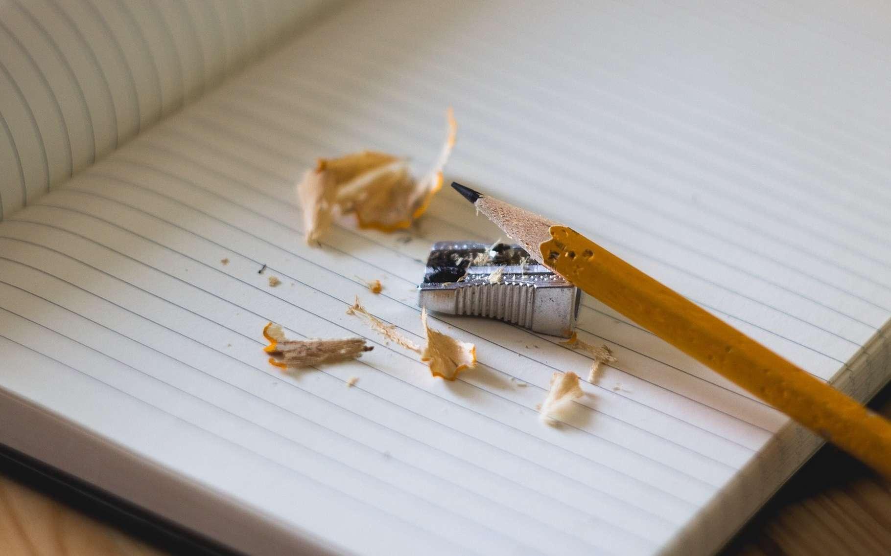 C'est à Joseph Hardtmuth et Nicolas-Jacques Conté que l'on doit l'invention de la mine de crayon telle que nous la connaissons aujourd'hui. © Free-Photos, Pixabay License