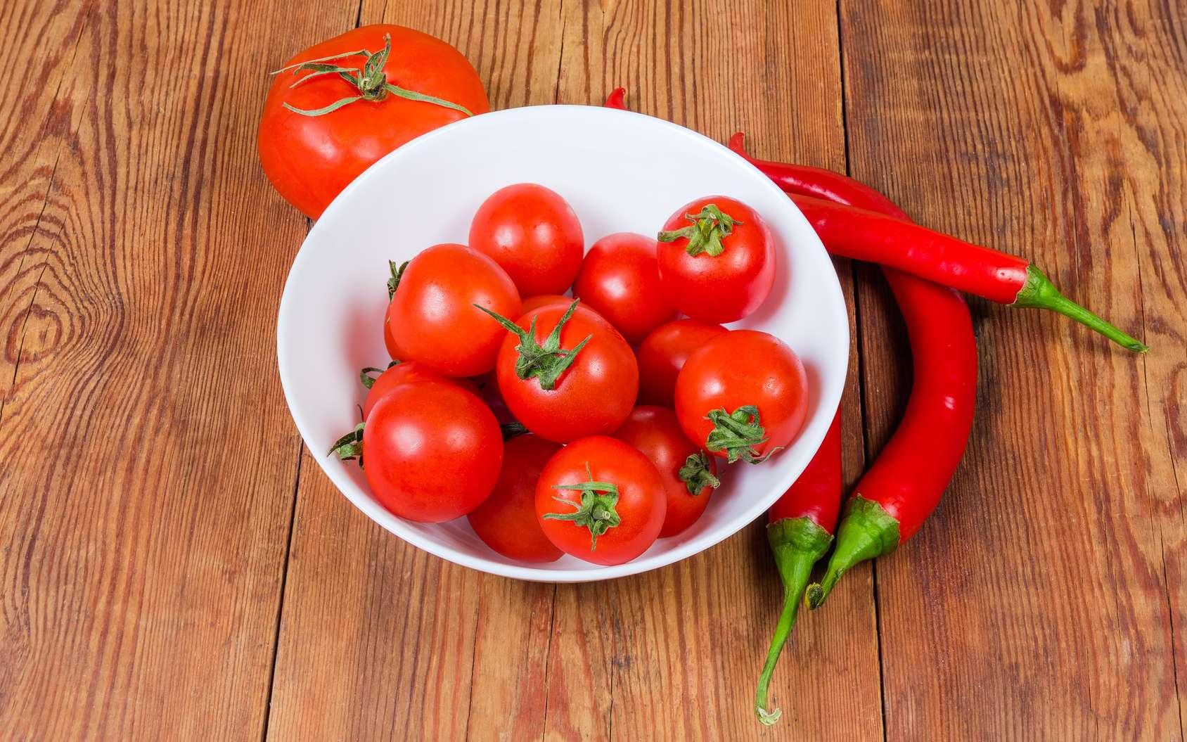 Des tomates aussi épicées que les piments naturels grâce à la génétique. © An-T, Fotolia