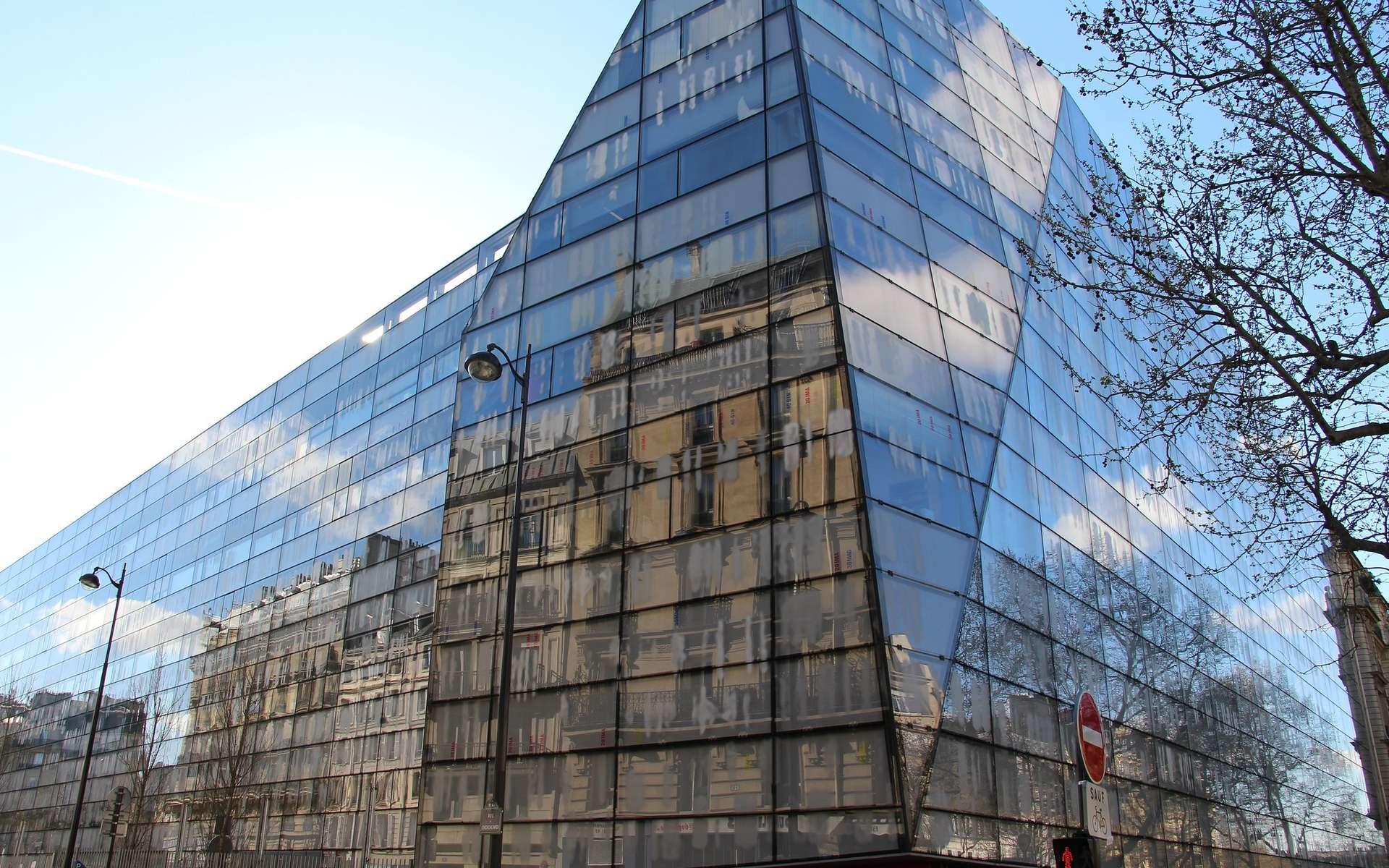 L'Institut Imagine à Paris, un projet conçu par Jean Nouvel et Bernard Valéro. © Creative Commons, CC By 2.0