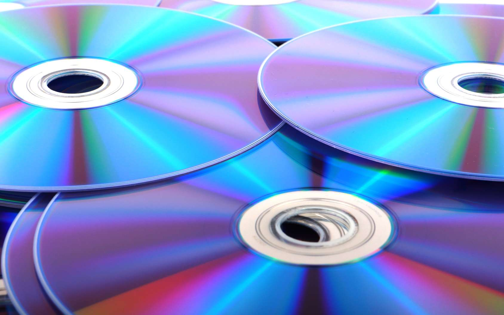 Comment réparer un CD rayé ? © wittayut, Fotolia