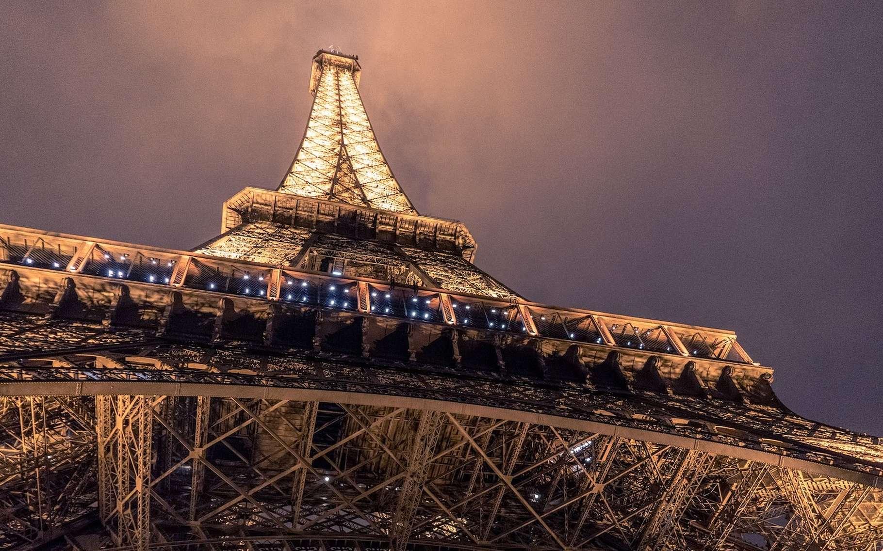 En fonction de la température, la taille de la tour Eiffel peut varier de plusieurs centimètres. © Pexels, Pixabay License