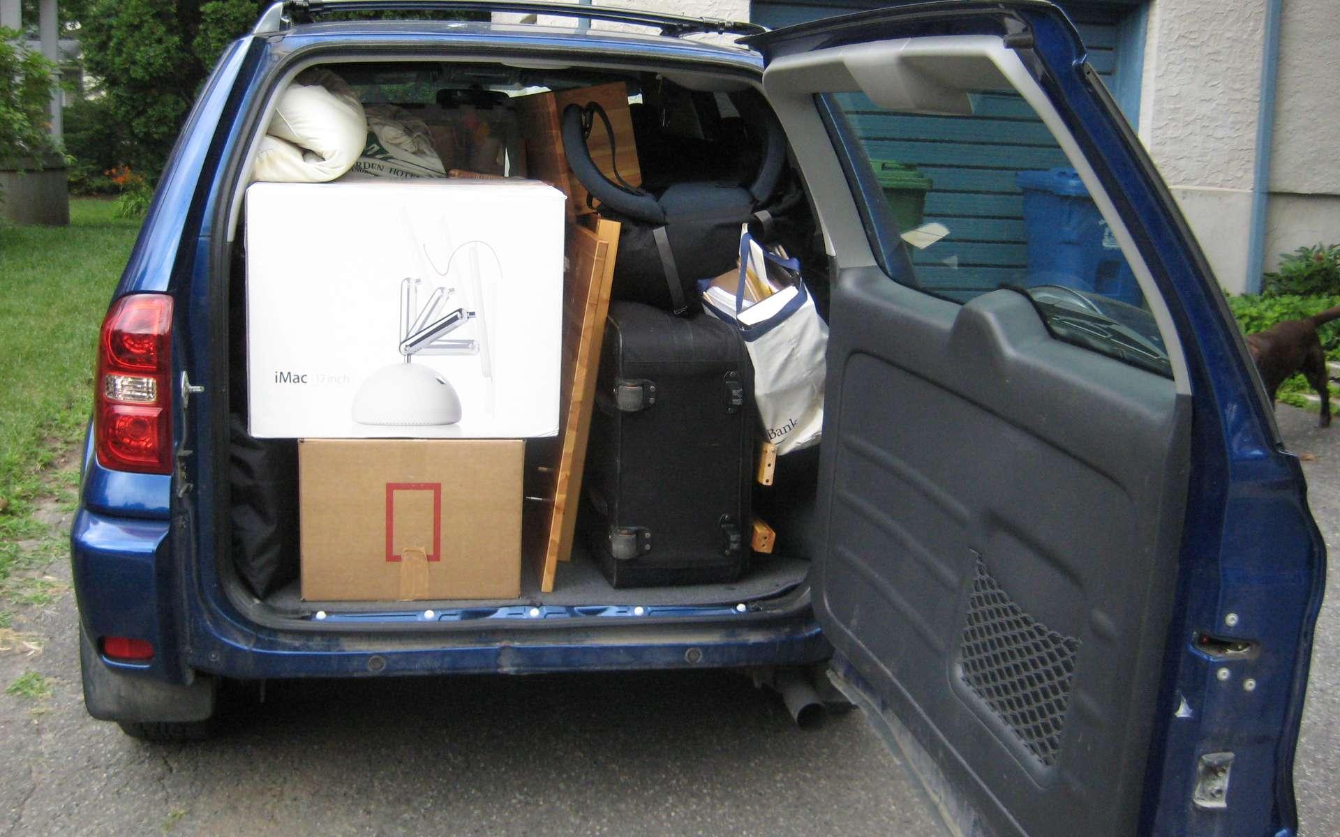 Avec le colis voiturage, il y a de quoi voyager le coffre plein. © Vanou, Wikimedia Commons, cc by nc nd 2.0