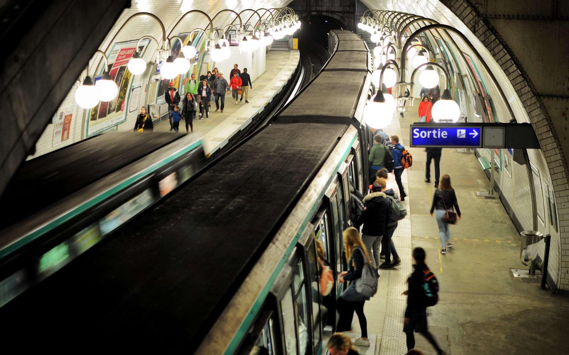Le métro parisien (station Cité). © Olivier Prt, Flickr