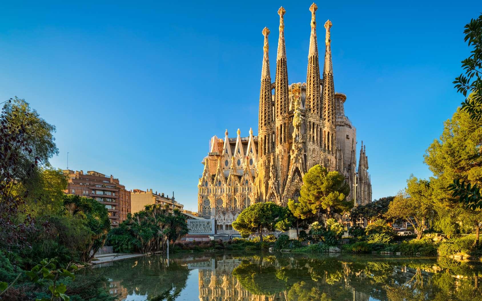 Façade de la Sagrada Familia à Barcelone. © Mapics, fotolia