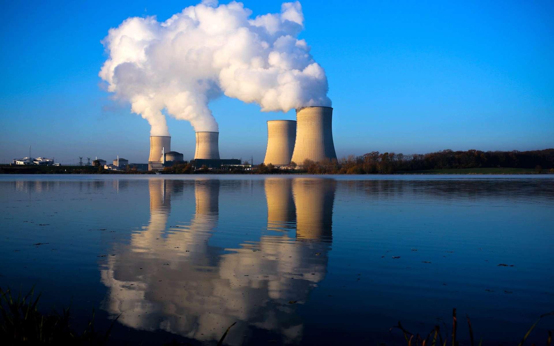 Les centrales nucléaires, systèmes complexes, ne peuvent être simulées facilement. Mais la puissance informatique actuelle et le « big data » permettent aujourd'hui de le faire, avec à la clé une amélioration du fonctionnement et une plus grande efficacité des opérations de maintenance. © EDF
