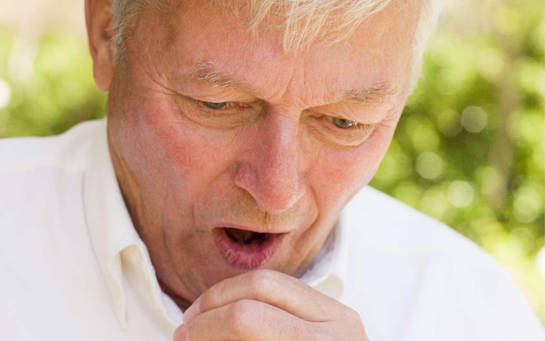 Les antitussifs traitent uniquement les toux sèches. © Phovoir
