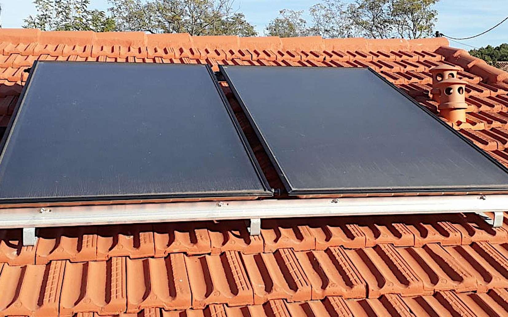 Découvrez comment installer des panneaux solaires thermiques © Soleil vert