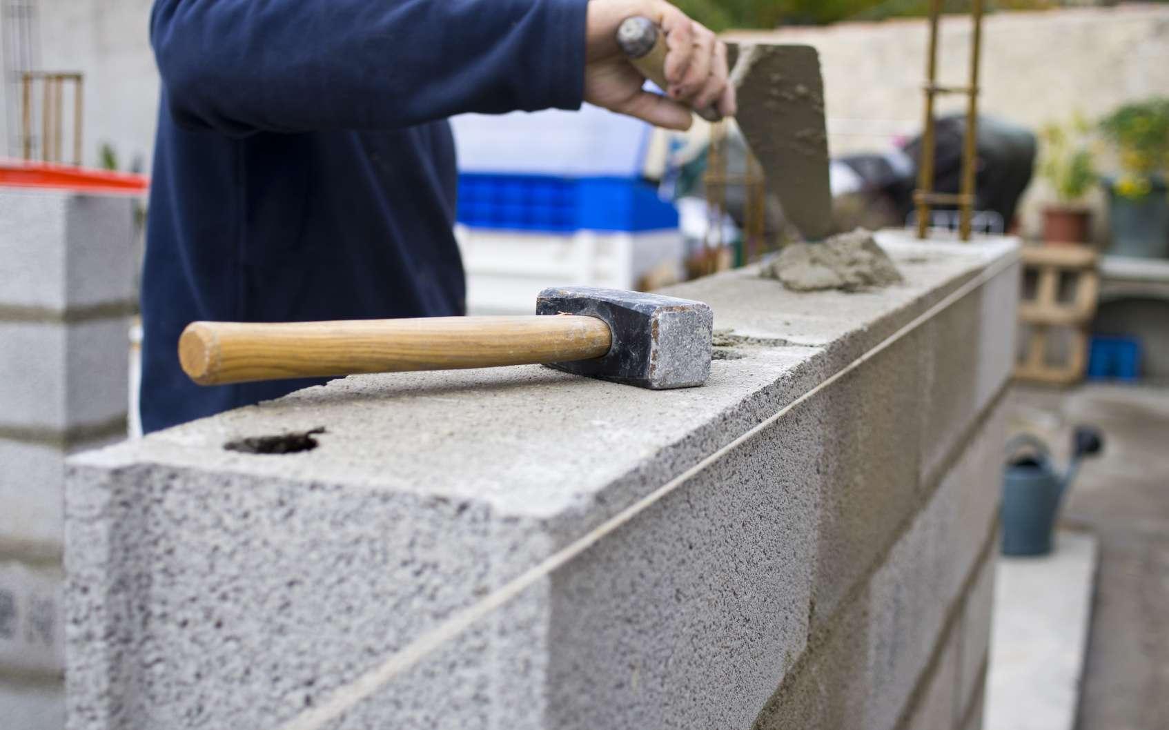 Réaliser un mur comme un pro © Fotolia