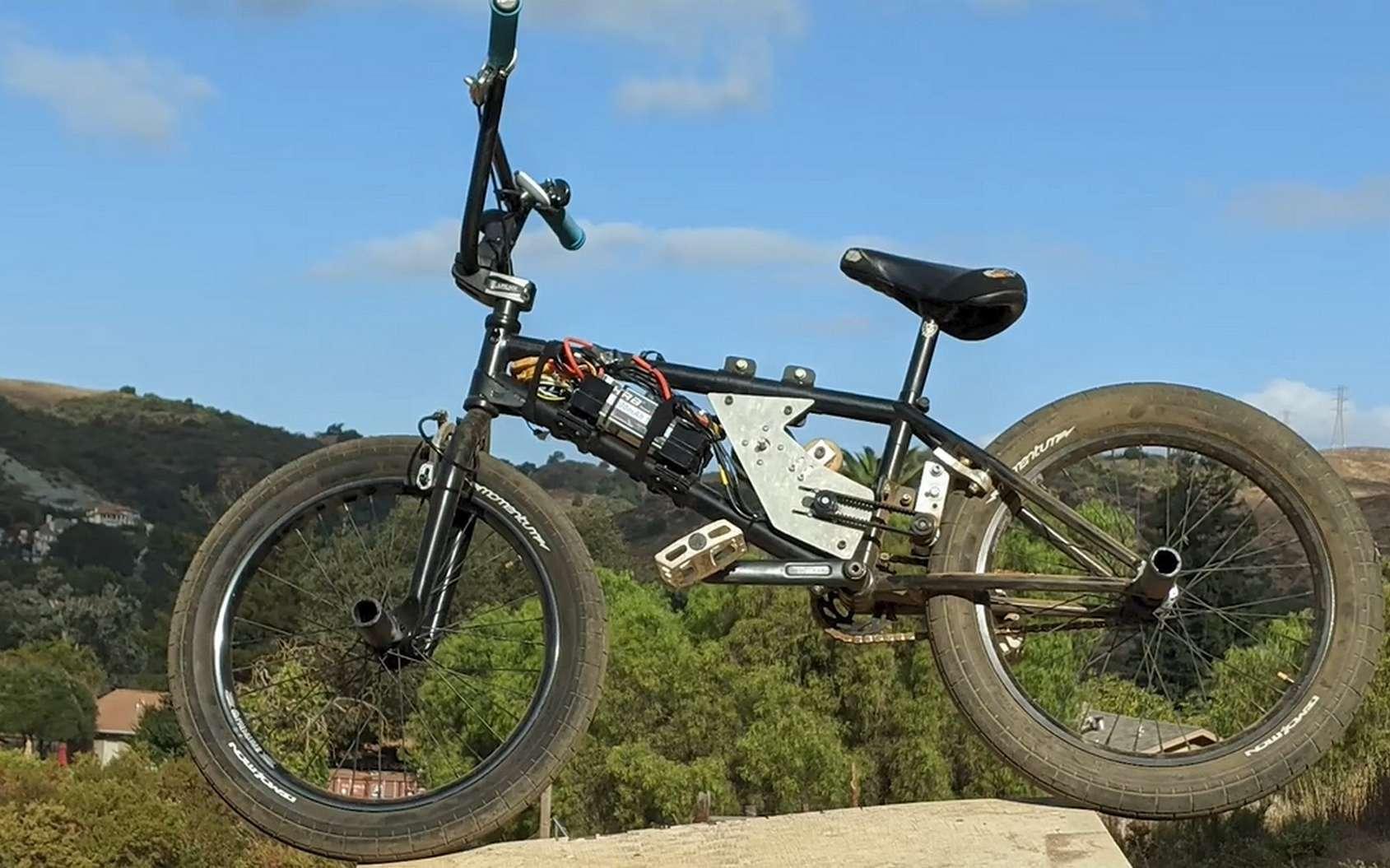 Le BMX électrique conçu par Shea Nyquist. © Shea Nyquist