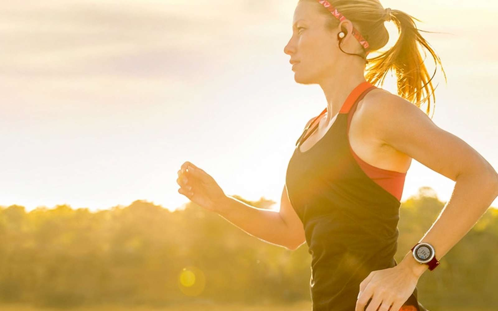 Toutes les montres connectées peuvent relever les activités physiques de la journée et la qualité du sommeil. Certaines vont plus loin que d'autres. © Garmin