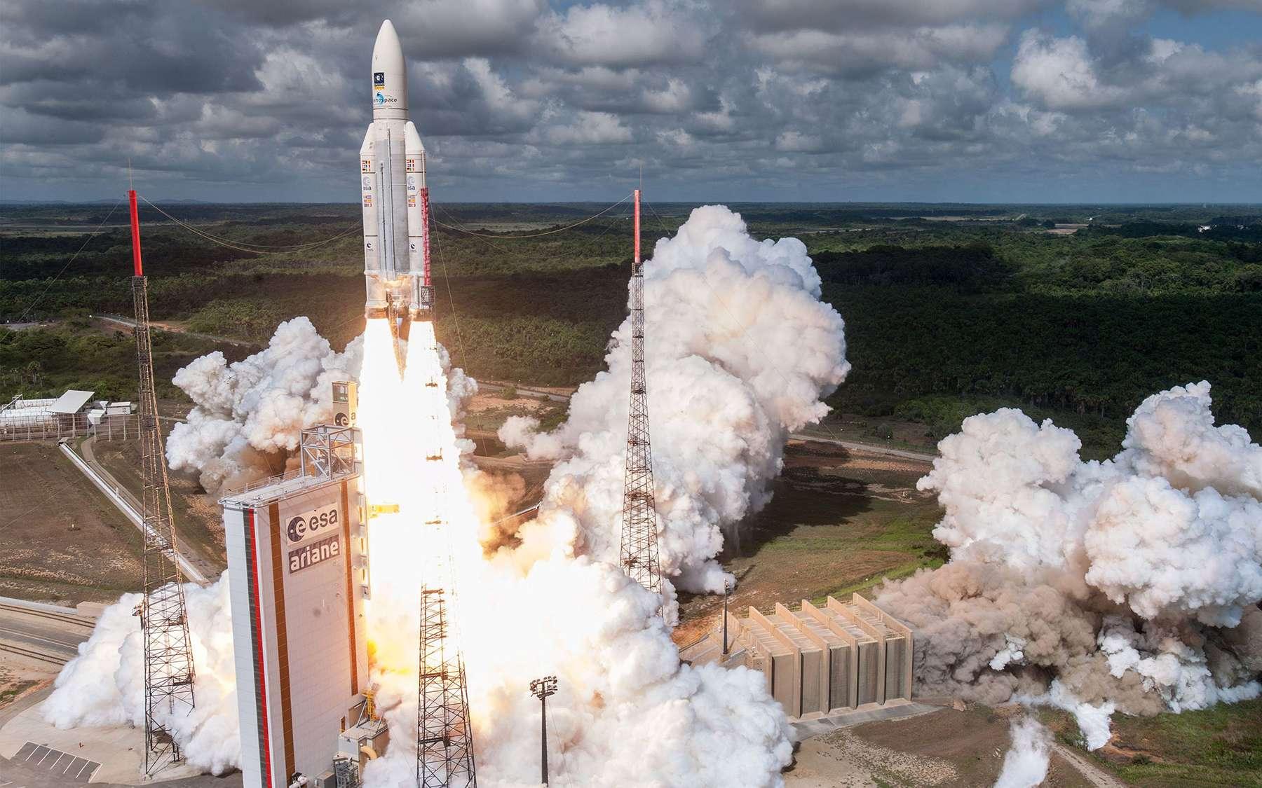 Le premier lancement de l'année 2018 d'Ariane 5 a eu lieu jeudi. Des satellites ont été lancés mais pas au bon endroit. Ici, une Ariane 5 ES, c'est-à-dire sans l'étage supérieur ECA, au décollage, avec à son bord quatre satellites de la constellation Galileo (novembre 2016). © Cnes, ESA, Arianespace, Optique Vidéo CSG, S. Martin, 2016