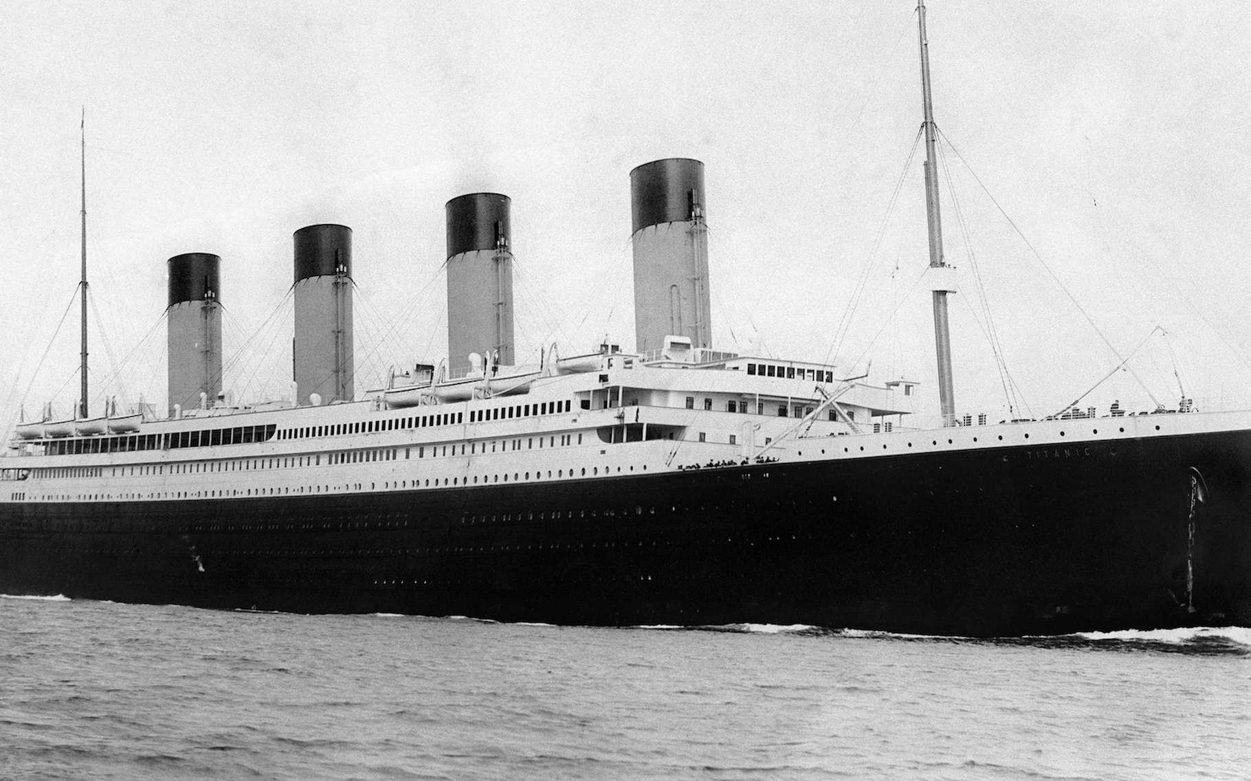 Le Titanic immortalisé à Southampton, le 10 avril 1912, quatre jours seulement avant son naufrage. Dans quel état les touristes d'OceanGate le découvriront-ils à partir de l'été 2019 ? © F.G.O. Stuart, Wikipedia, Domaine public
