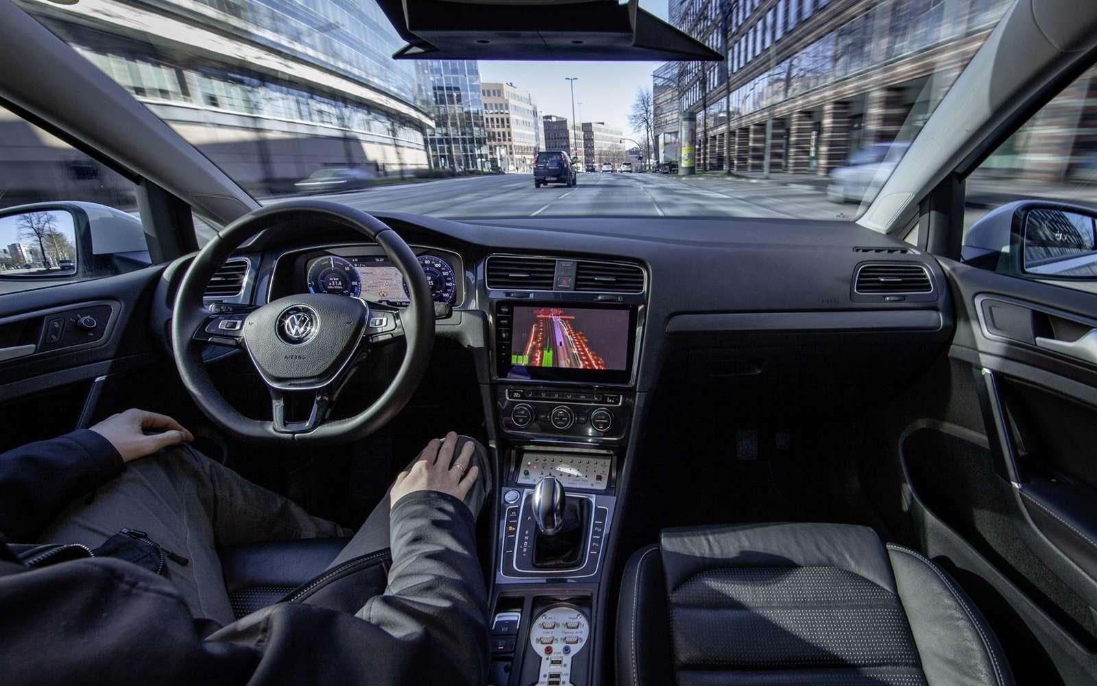 Un système de conduite autonome de niveau 4 est capable de circuler sans présence humaine à bord du véhicule. © Volkswagen