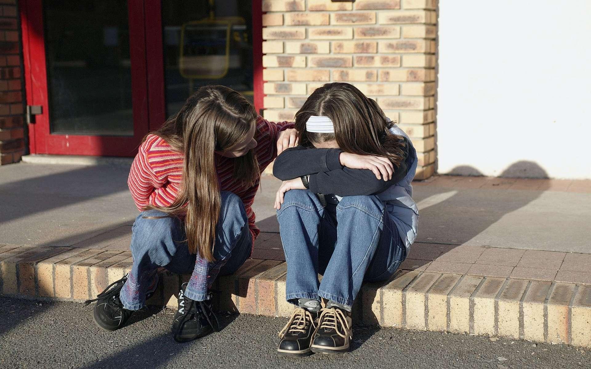 A l'âge scolaire, l'agénésie du corps calleux peut se manifester par un retard dans l'apprentissage. © Phovoir