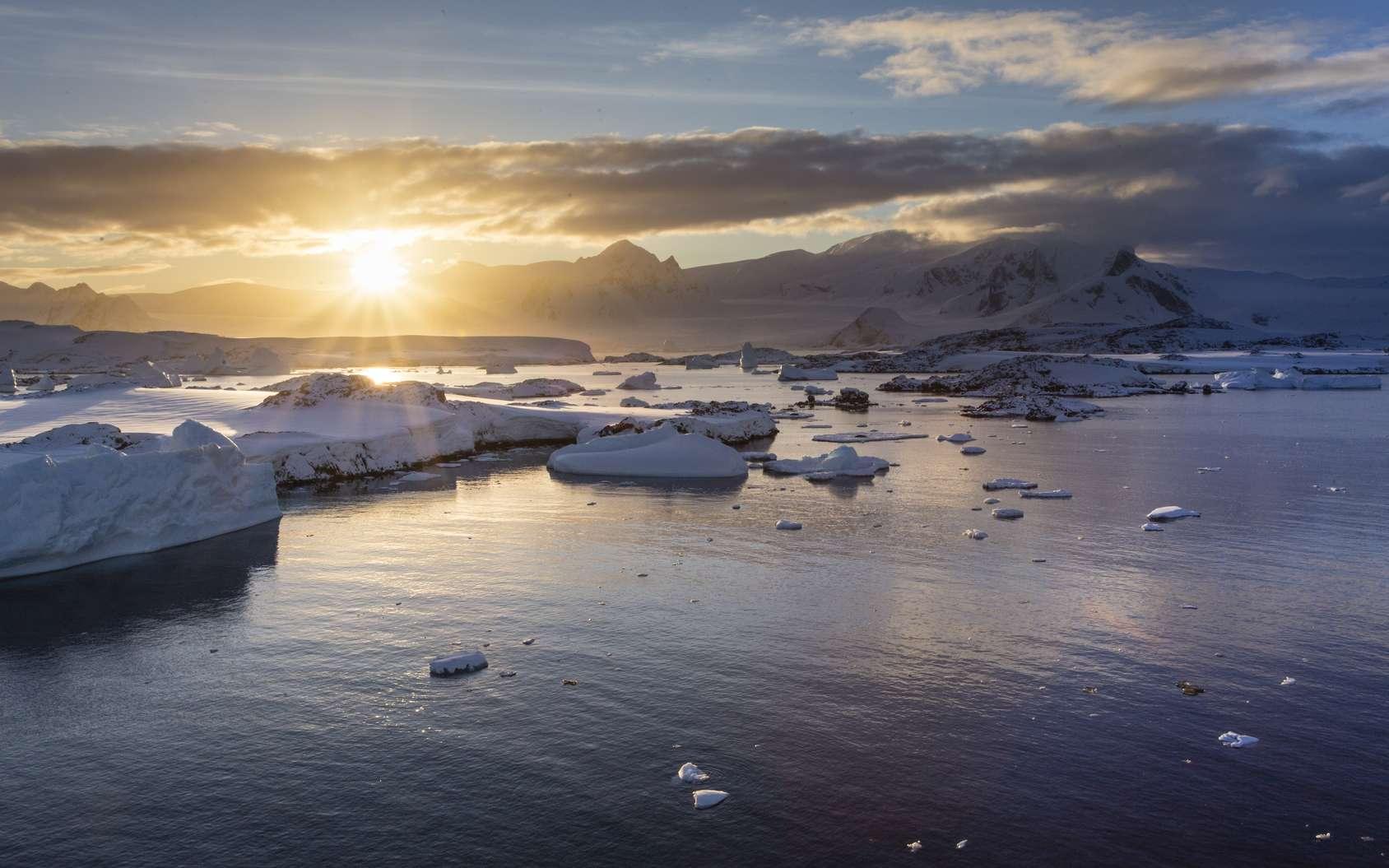 Polar Pod, la fabuleuse odyssée de Jean-Louis Étienne en Antarctique. © IzzetNoyan, Fotolia