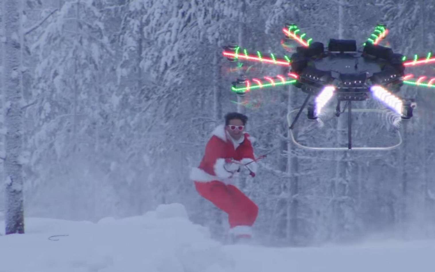 Surfer sur la neige tiré par un drone. Une expérience qui pourrait faire des émules... © CaseyNeistat, Samsung, YouTube