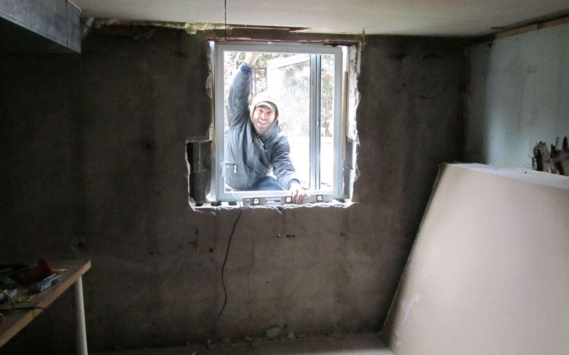 Si elle n'a plus d'utilité, il est possible de boucher une fenêtre. © m.gifford, Flickr, CC BY-SA 2.0