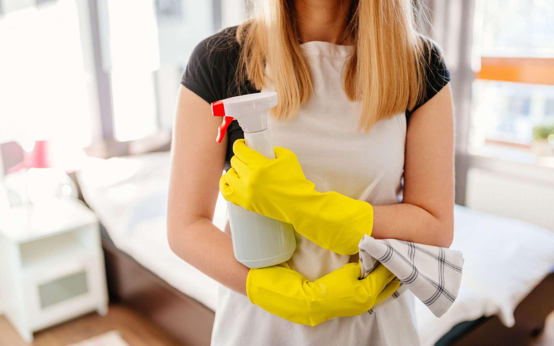 Les français ont au moins un pesticide dans leur maison. © djedzura, IStock.com