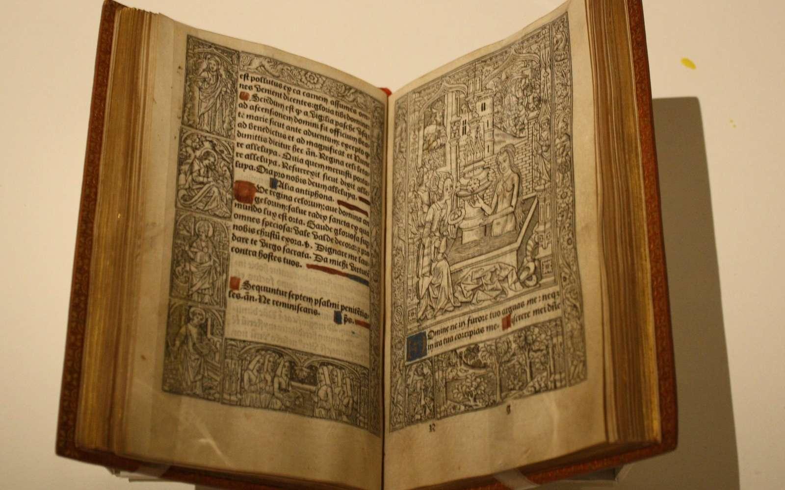 Les livres du Moyen Âge sont pour certains devenus des classiques de la littérature. © L. Dove, Google Images.