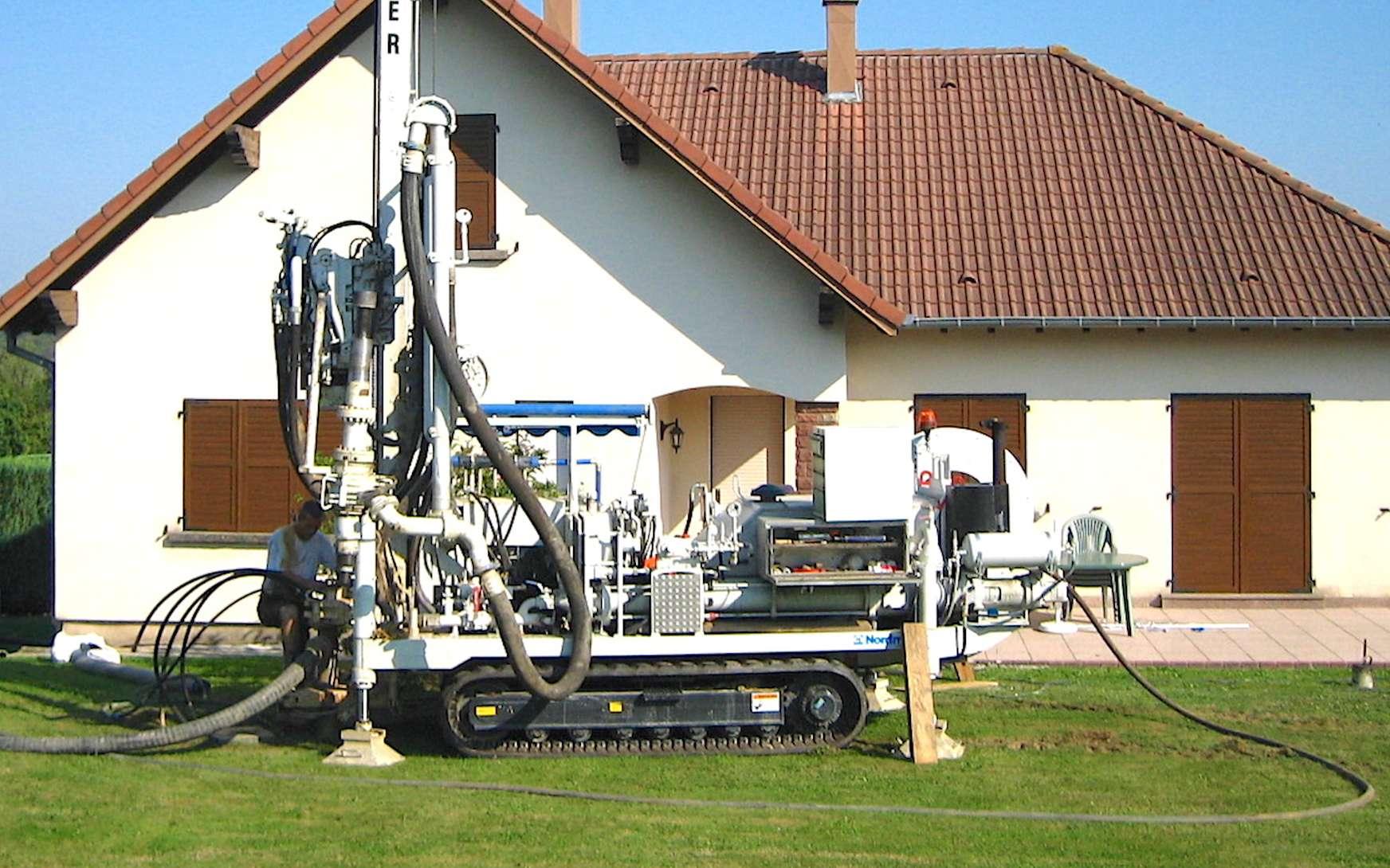 Équipement de forage pour captage géothermique. © LM Plomberie Chauffage