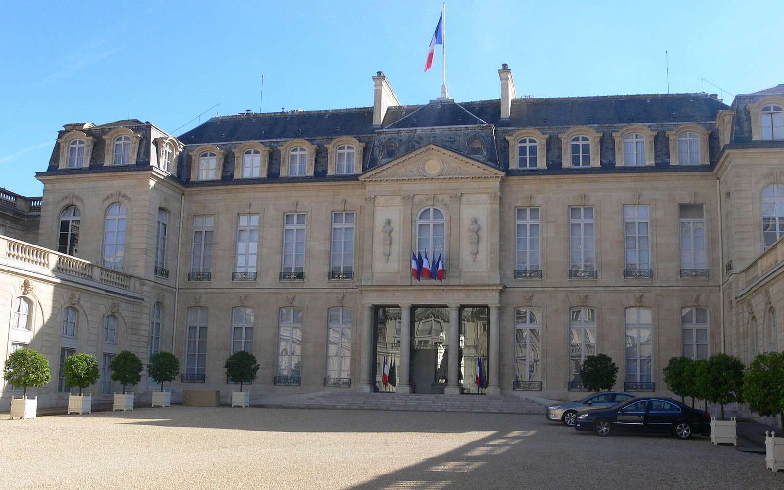 L'État français a lancé sa propre application de messagerie cryptée, mais un expert en sécurité l'a déjà piratée. © Rémi Mathis, Wikipedia