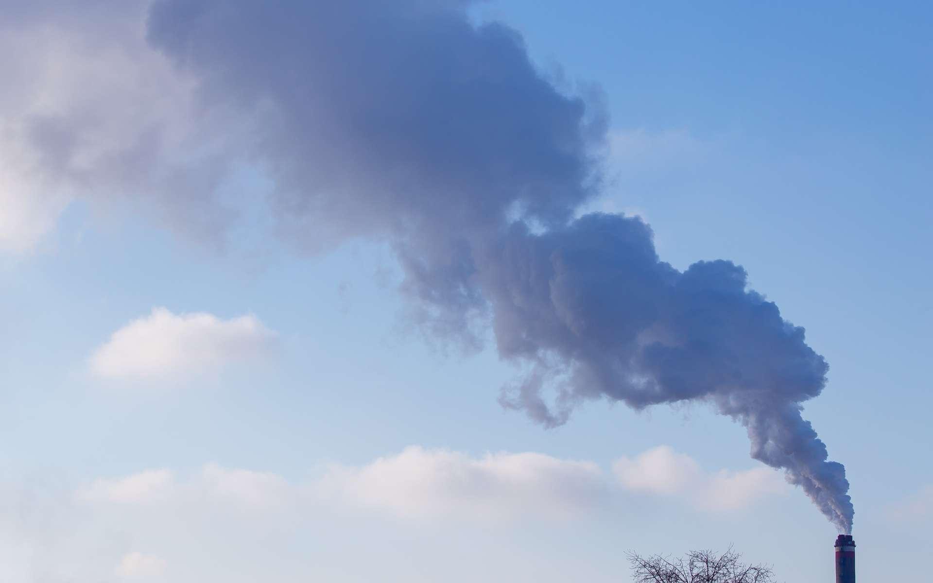 La pollution de l'air extérieur est mesurée par des organismes agréés avec des capteurs en station fixe ou mobile. © schankz, Adobe Stock