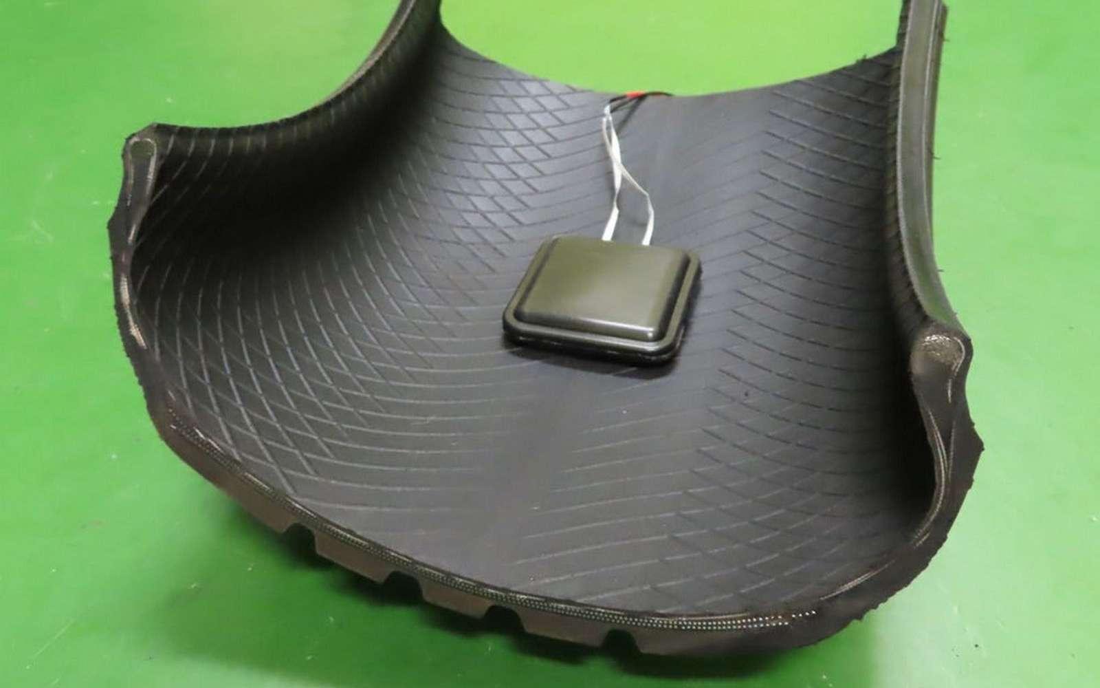 Le boîtier conçu par Sumitomo et l'université de Kansai. © Sumitomo