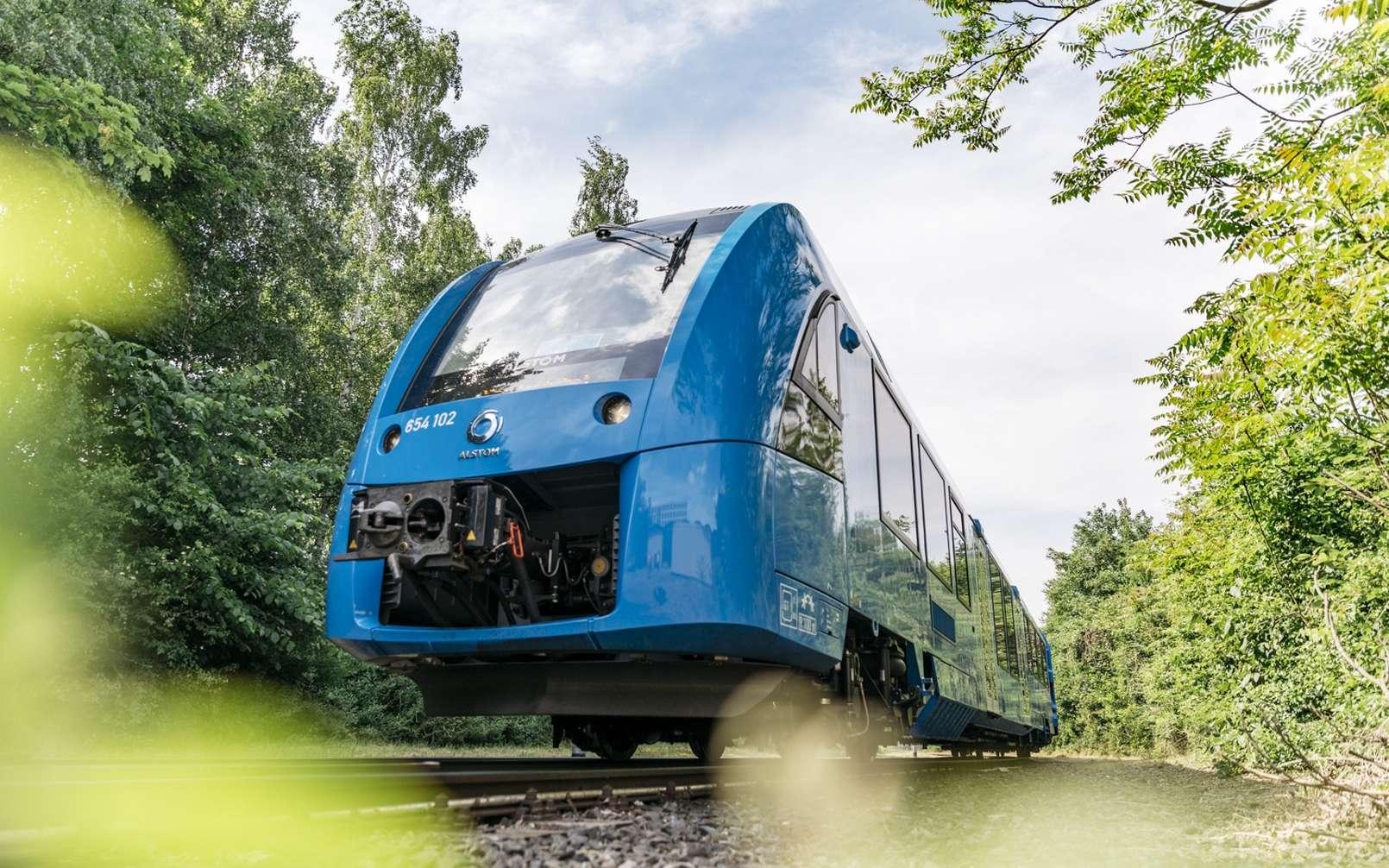 Le train à hydrogène Coradia iLint fabriqué par Alstom comprend deux rames. © René Frampe