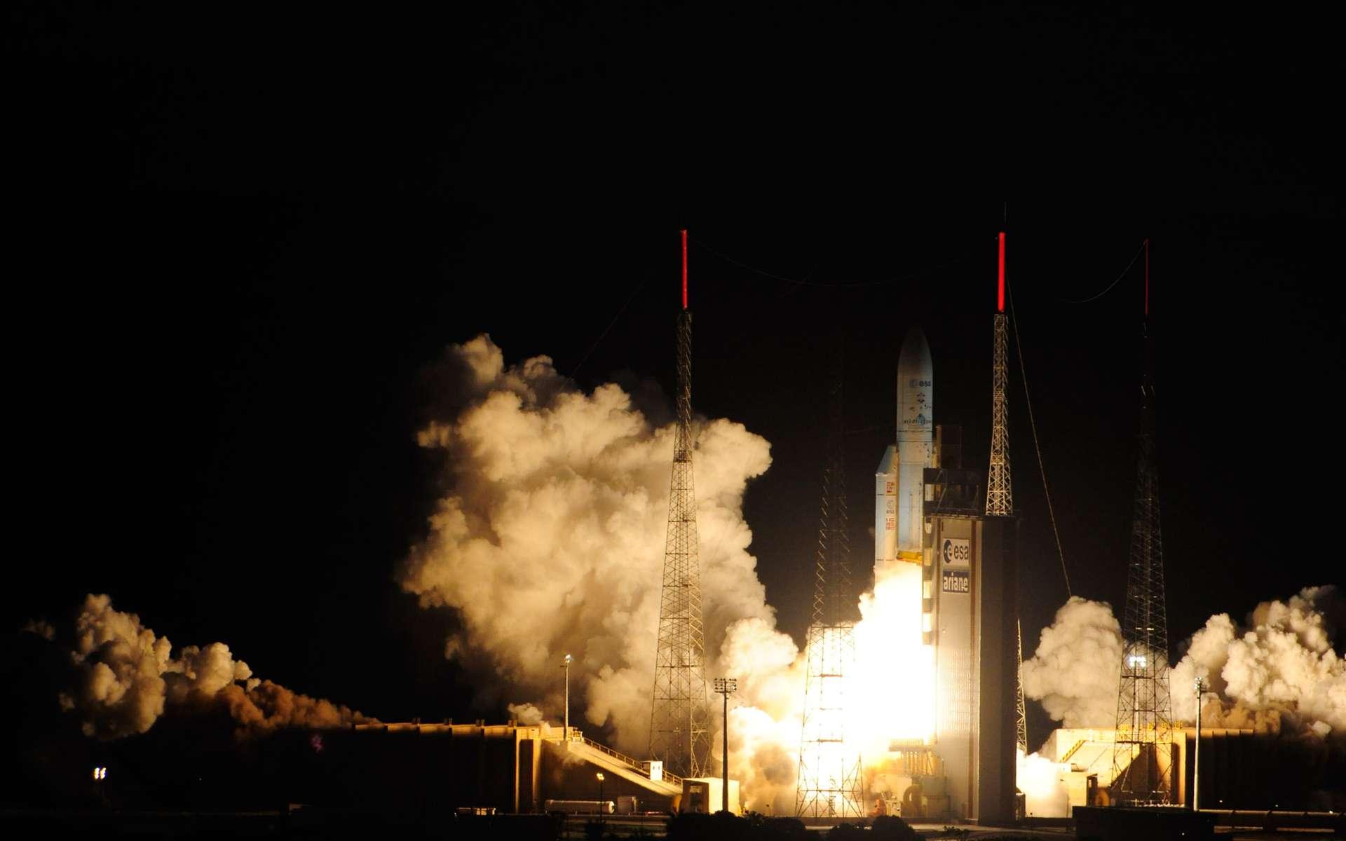 Décollage de l'ATV-4 Albert Einstein. Ce tir était le 69e lancement d'une Ariane 5, toutes versions confondues, et le deuxième lancement de l'année 2013. © S. Corvaja, Esa