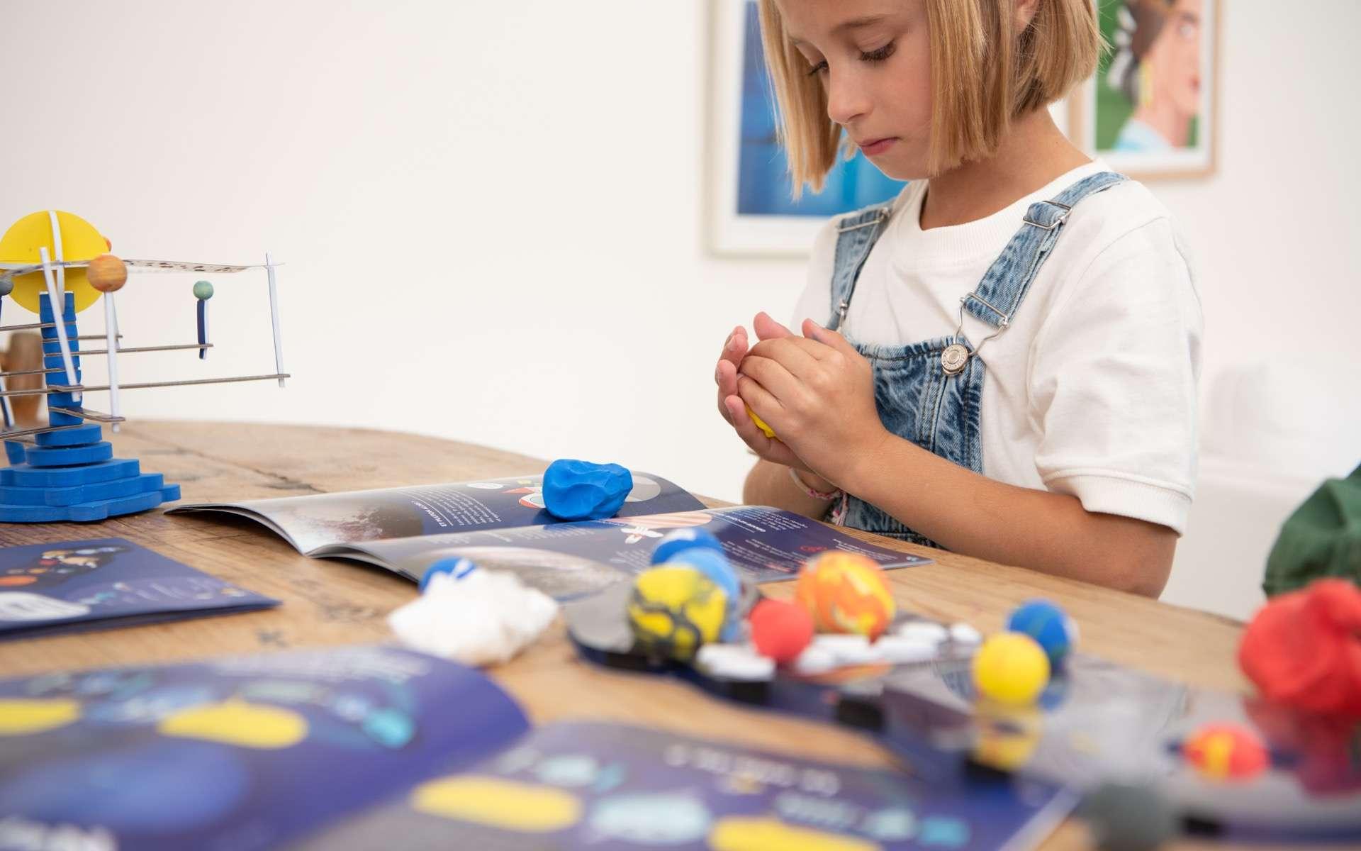Pandacraft propose à vos enfants des kits pour les accompagner dans leurs apprentissages par la manipulation et l'expérimentation. © Pandacraft